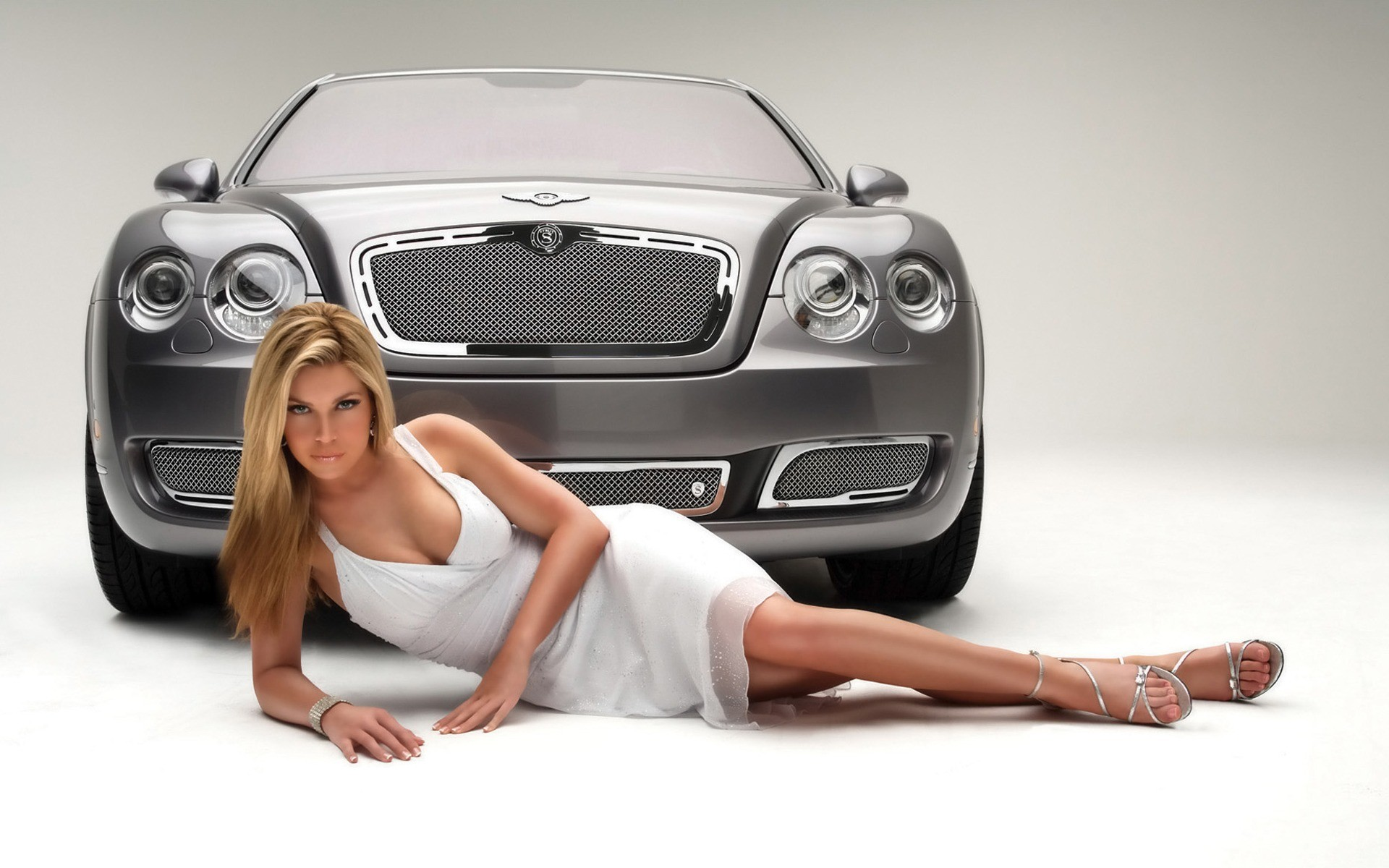 Car Image Wallpaper With Girl