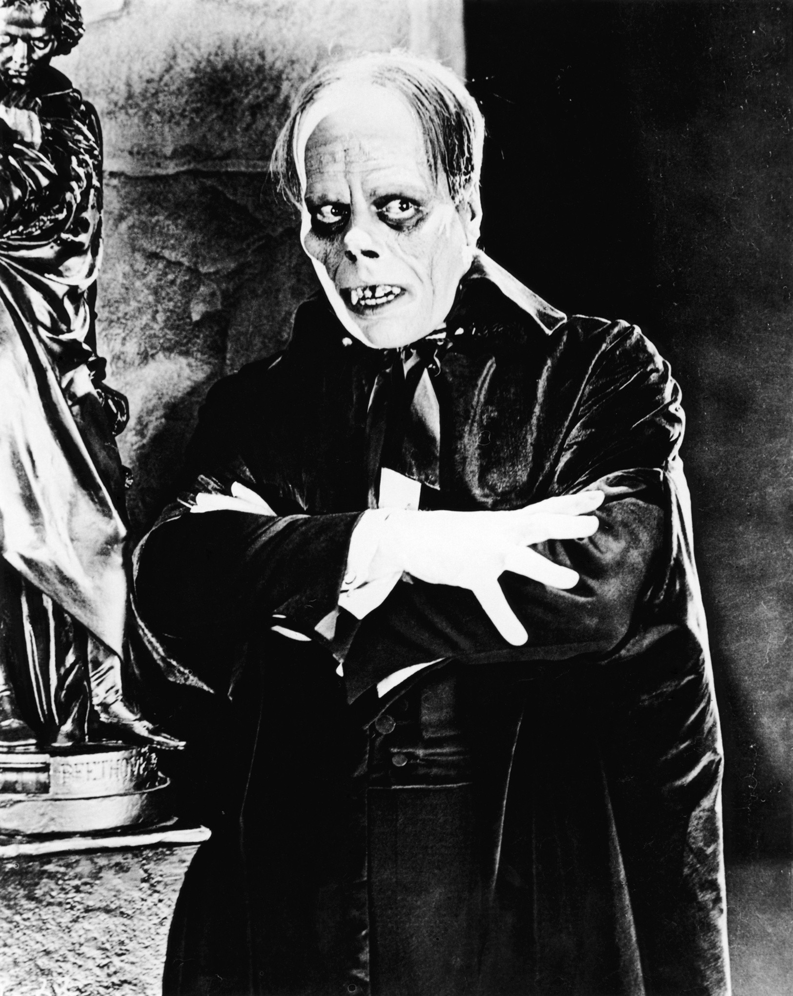 Universal Monsters images Lon Chaney – Erik HD wallpaper and background  photos