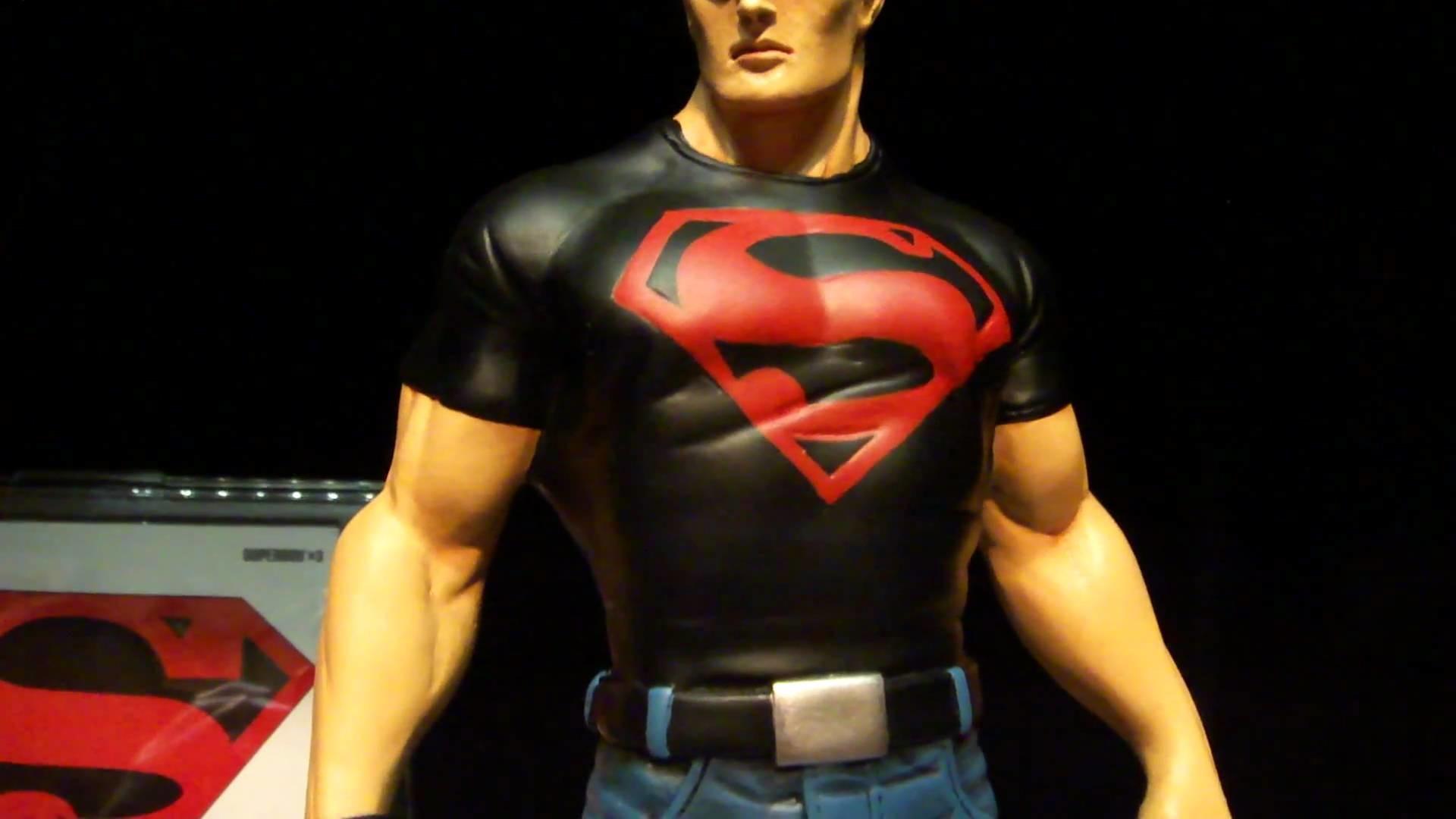 Superboy G. Luna Custom
