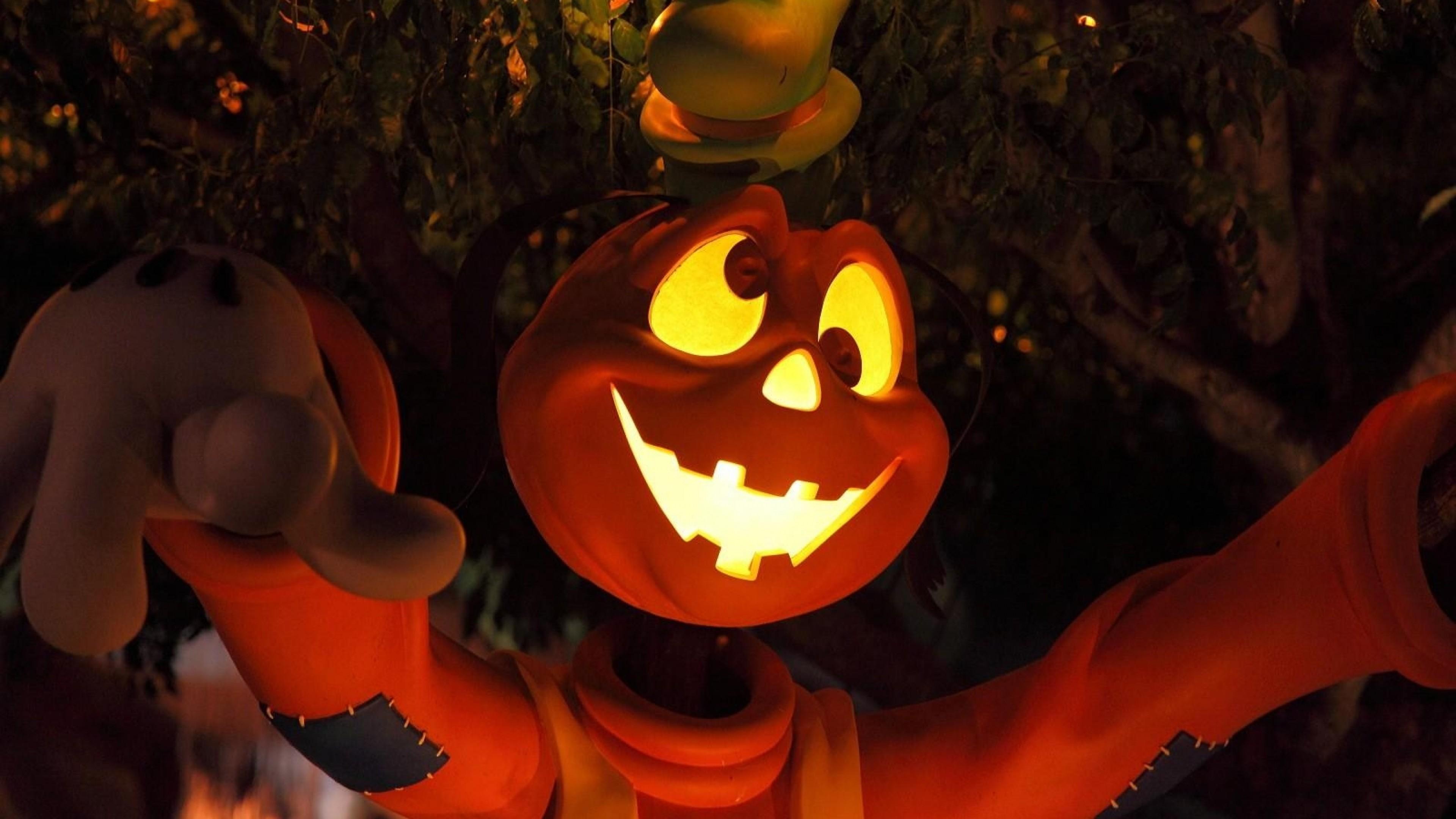 Preview wallpaper halloween, holiday, tree, light, eyes, cartoon, character  3840×2160