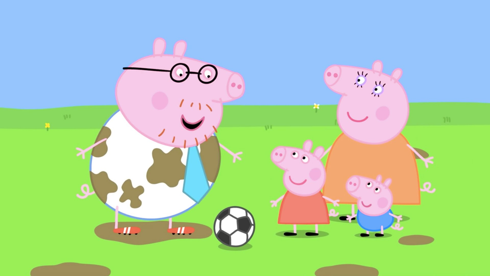 Peppa Pig Cartoon Peppa plays in Football (clip)