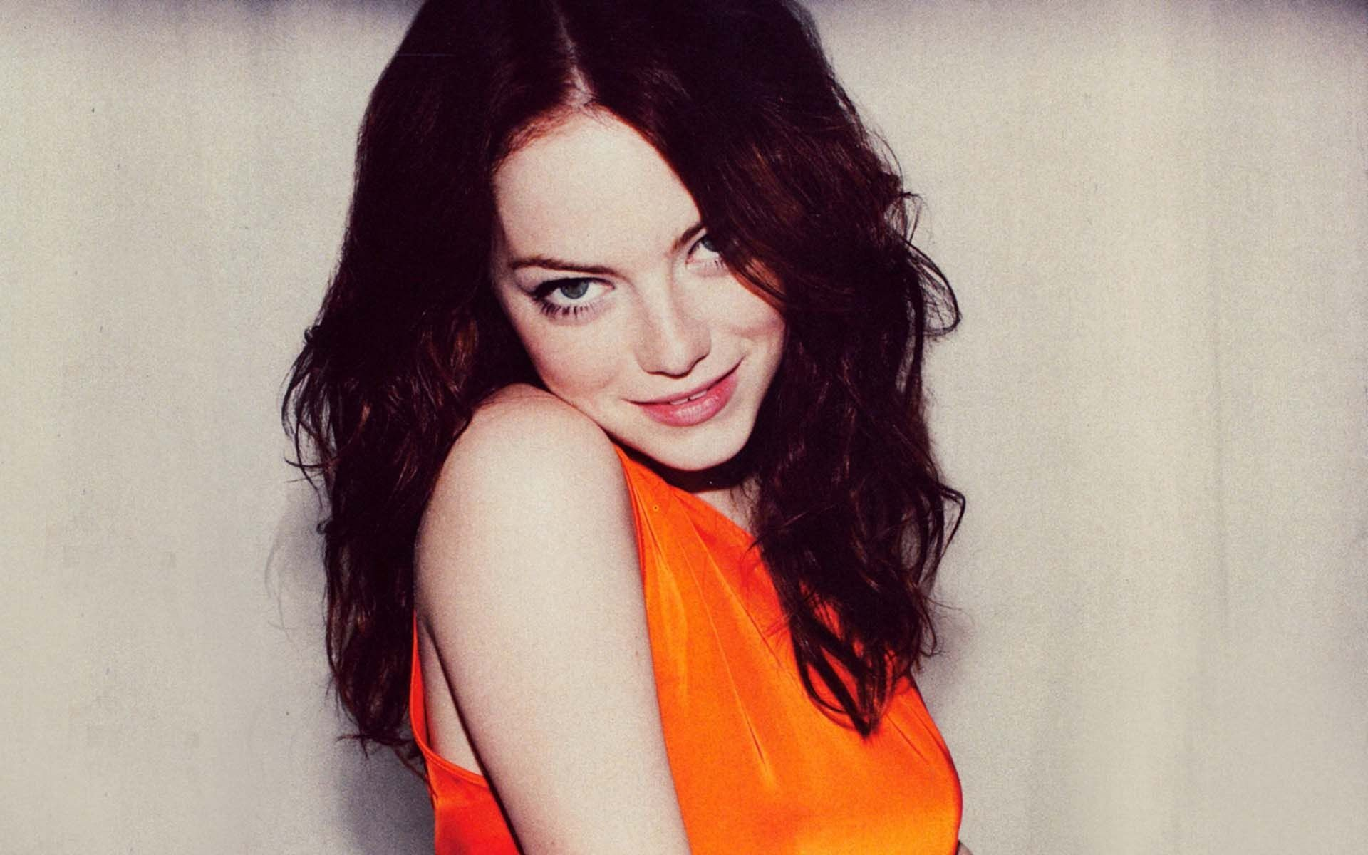 Emma Stone HD Images Gallery