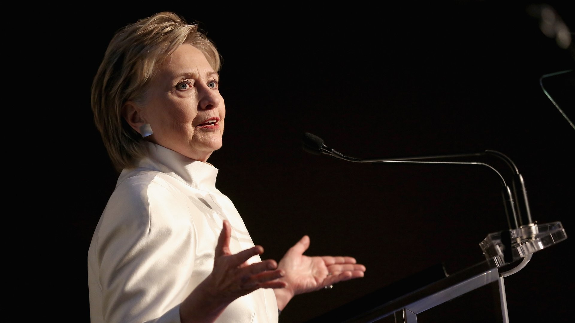 Hillary Clinton speaks at the 2017 Stephan Weiss Apple Awards on June 7,  2017 in