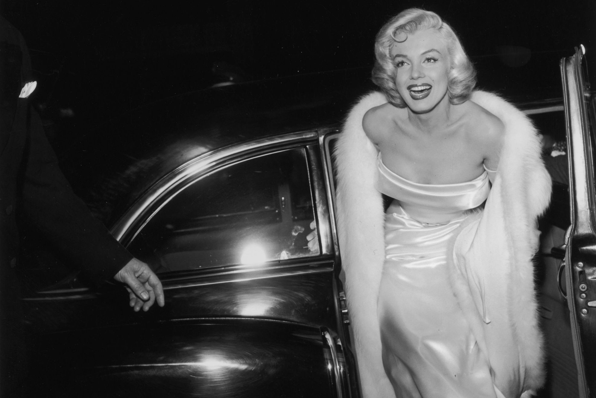 Andy Warhol Marilyn Monroe Wallpaper By Hd Wallpapers Daily .