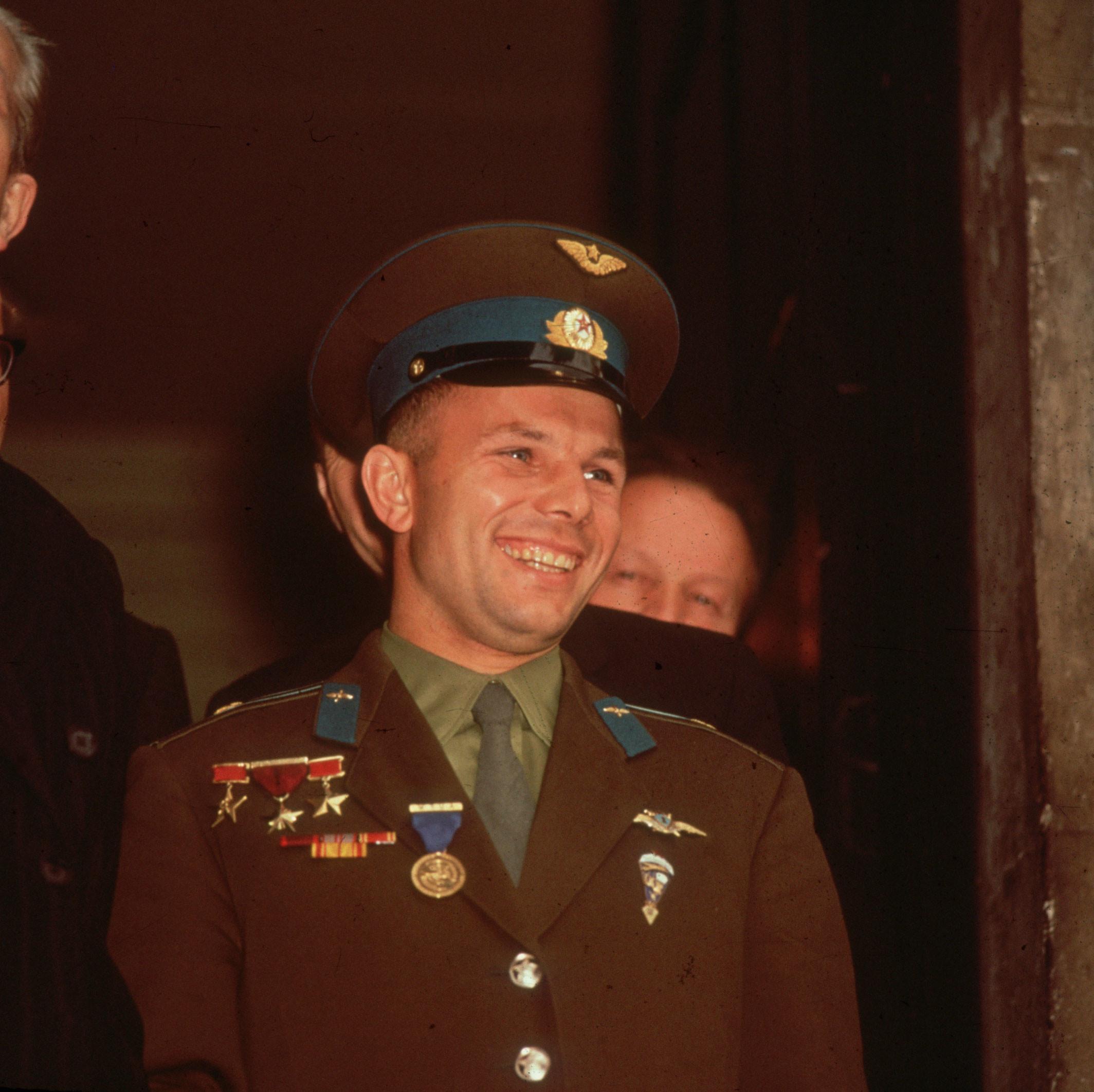 Yuri Gagarin photo #368160