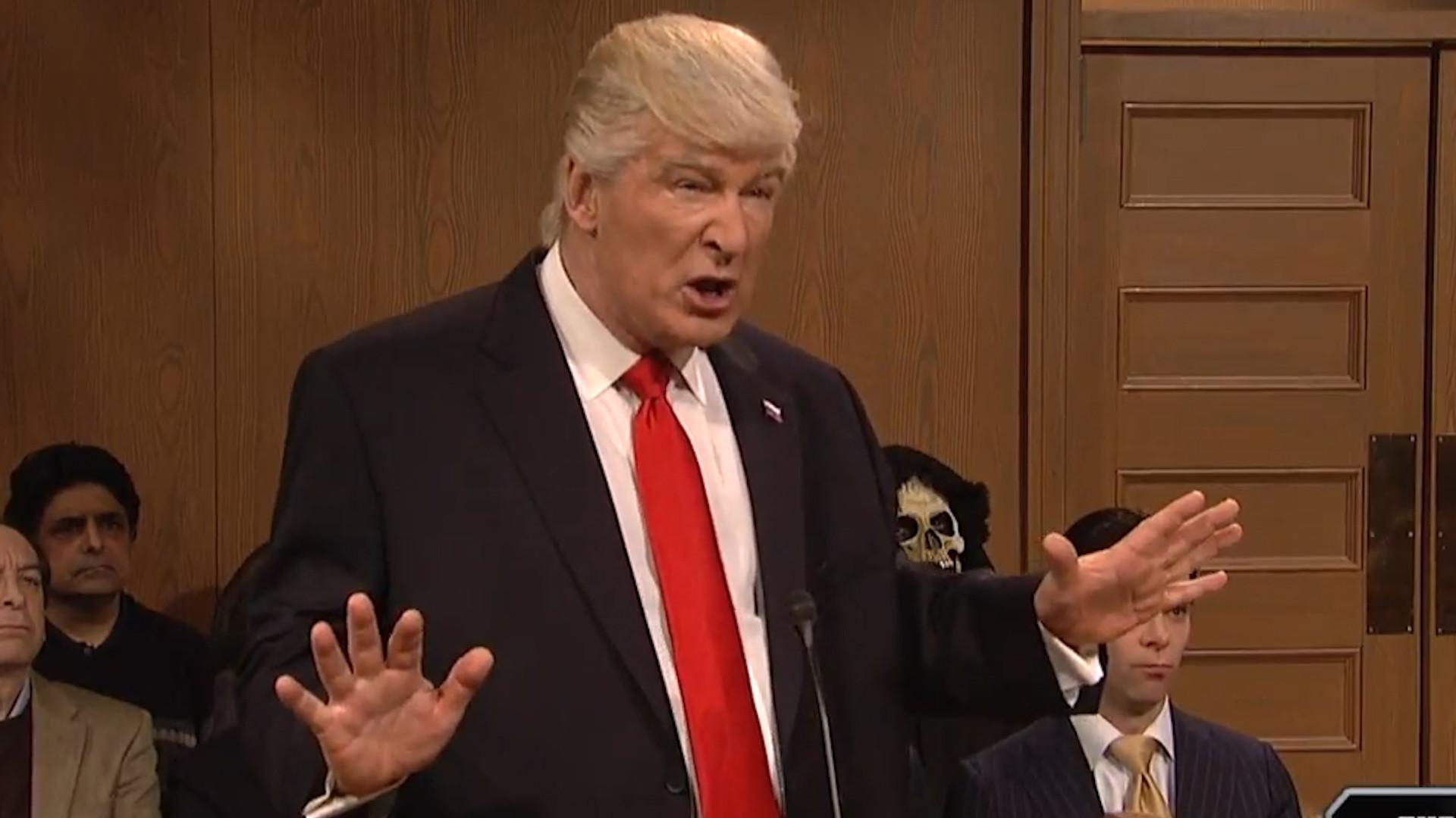 Alec Baldwin returns as Donald Trump in SNL