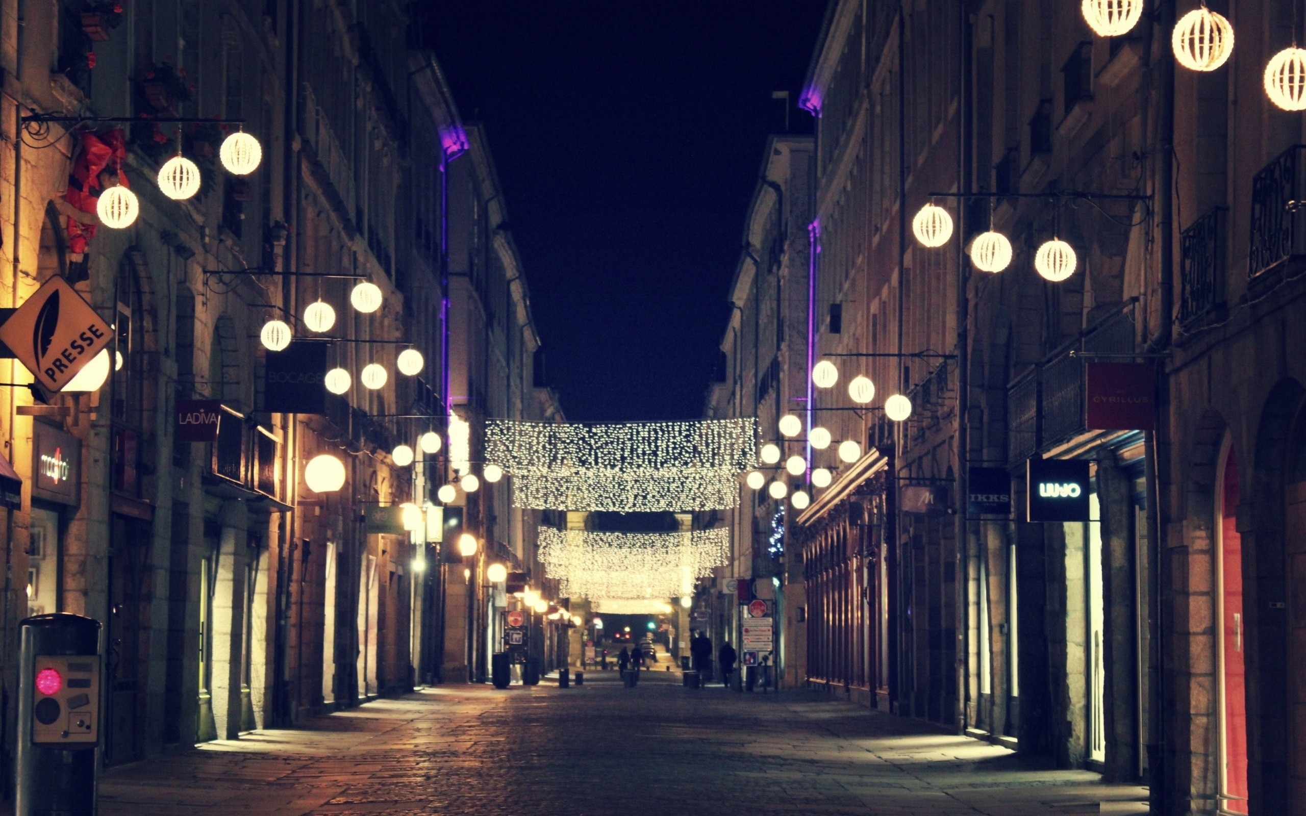 Wallpaper city , night, street, light, glare