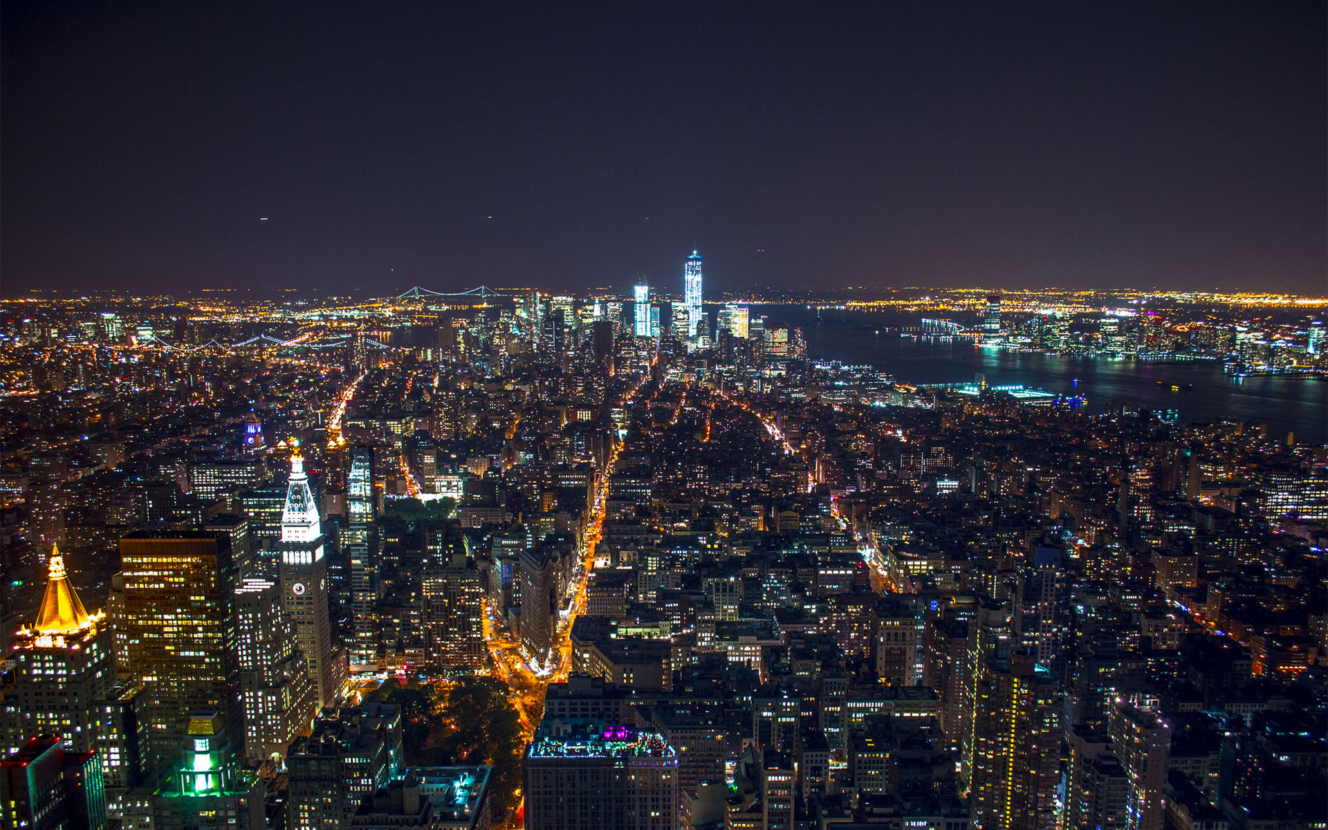 New York Manhattan At Night HD wallpaper | Digitalhint.net