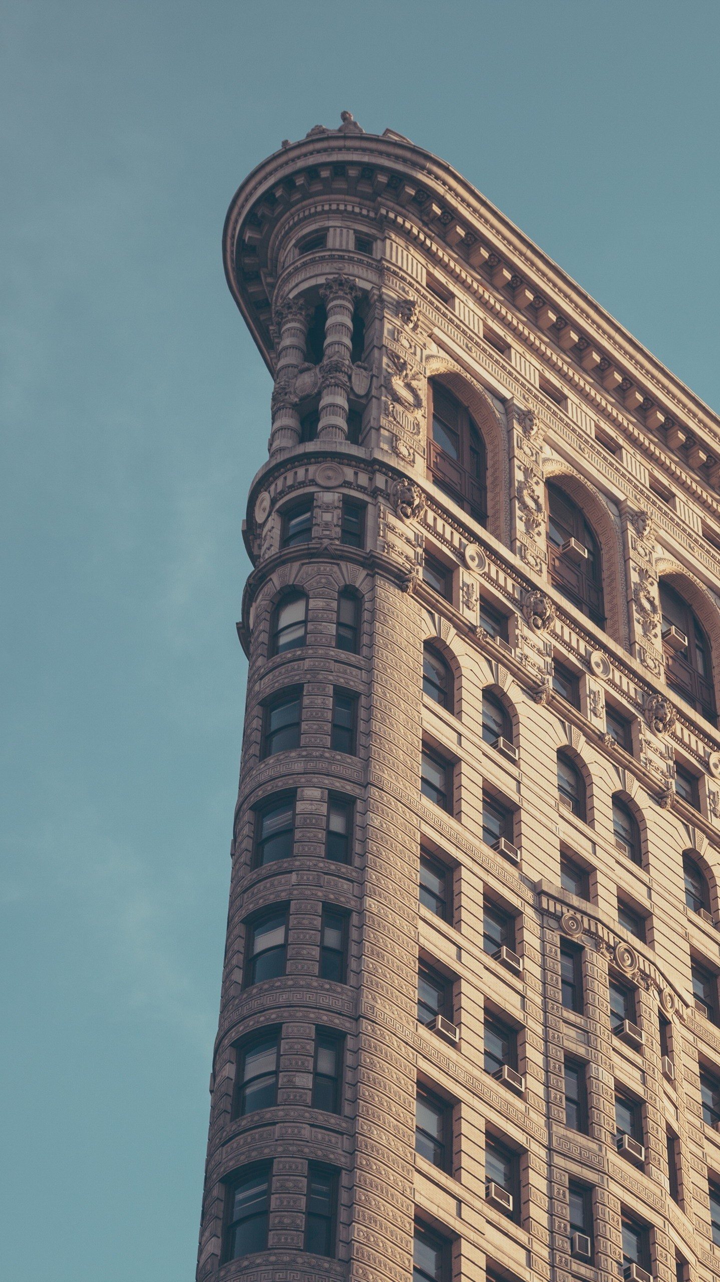 Flatiron-Building-New-York-City-Minimal-iPhone-Wallpaper – iPhone Wallpapers