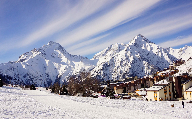 4K HD Wallpaper: Snow. Winter. Mountain. Landscape. City