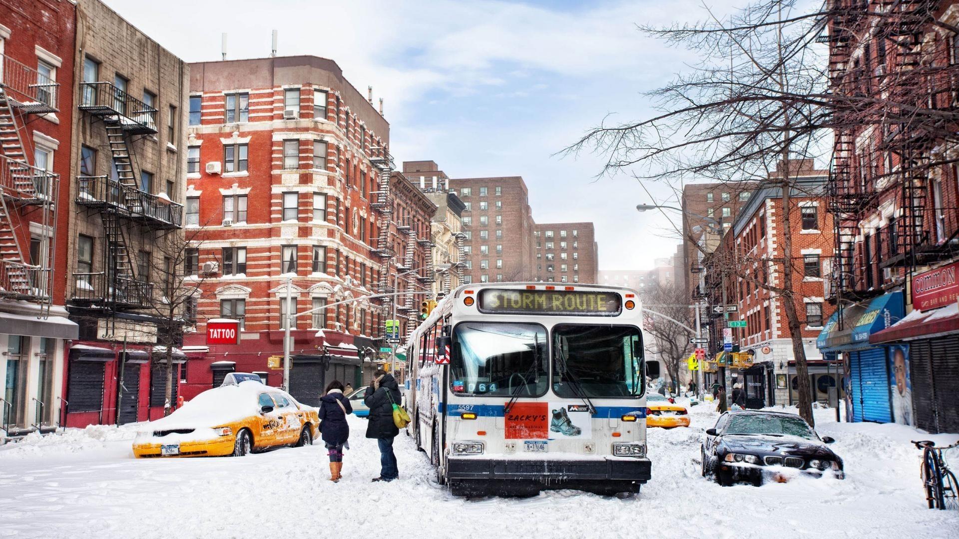 Hard Winter Bus Street City New York USA Wallpaper Free – 1920×1080