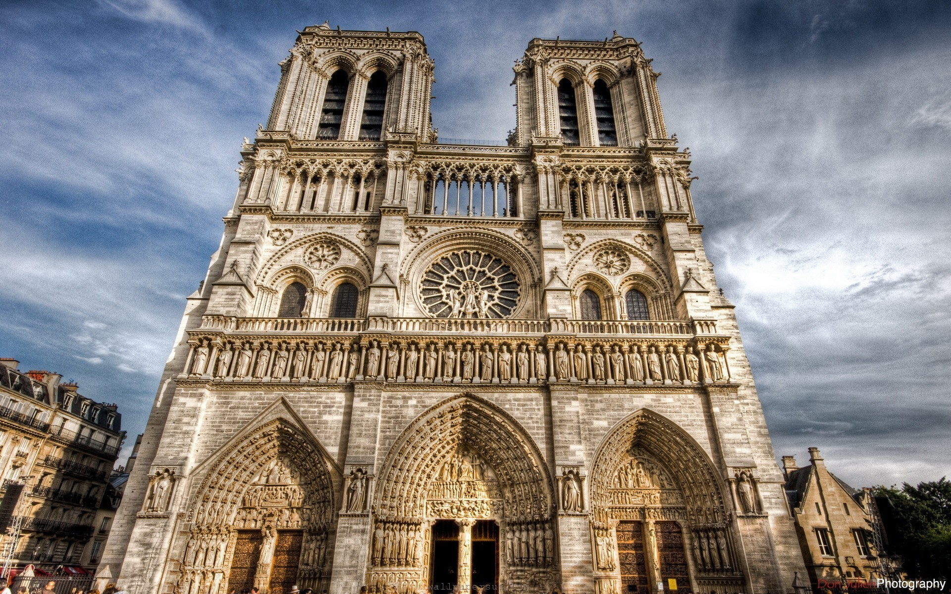 Notre Dame. 1920×1200. Necklace Wallpaper