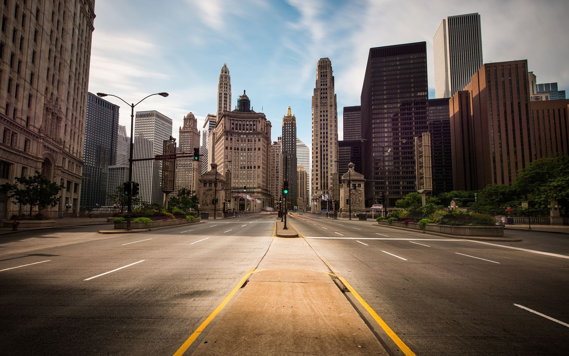 empty-new-york-city-street-wallpaper-1.jpg (1920×1200) | Downtown Buildings  with Great Silhouettes | Pinterest | City streets, Chicago skyline and  Chicago