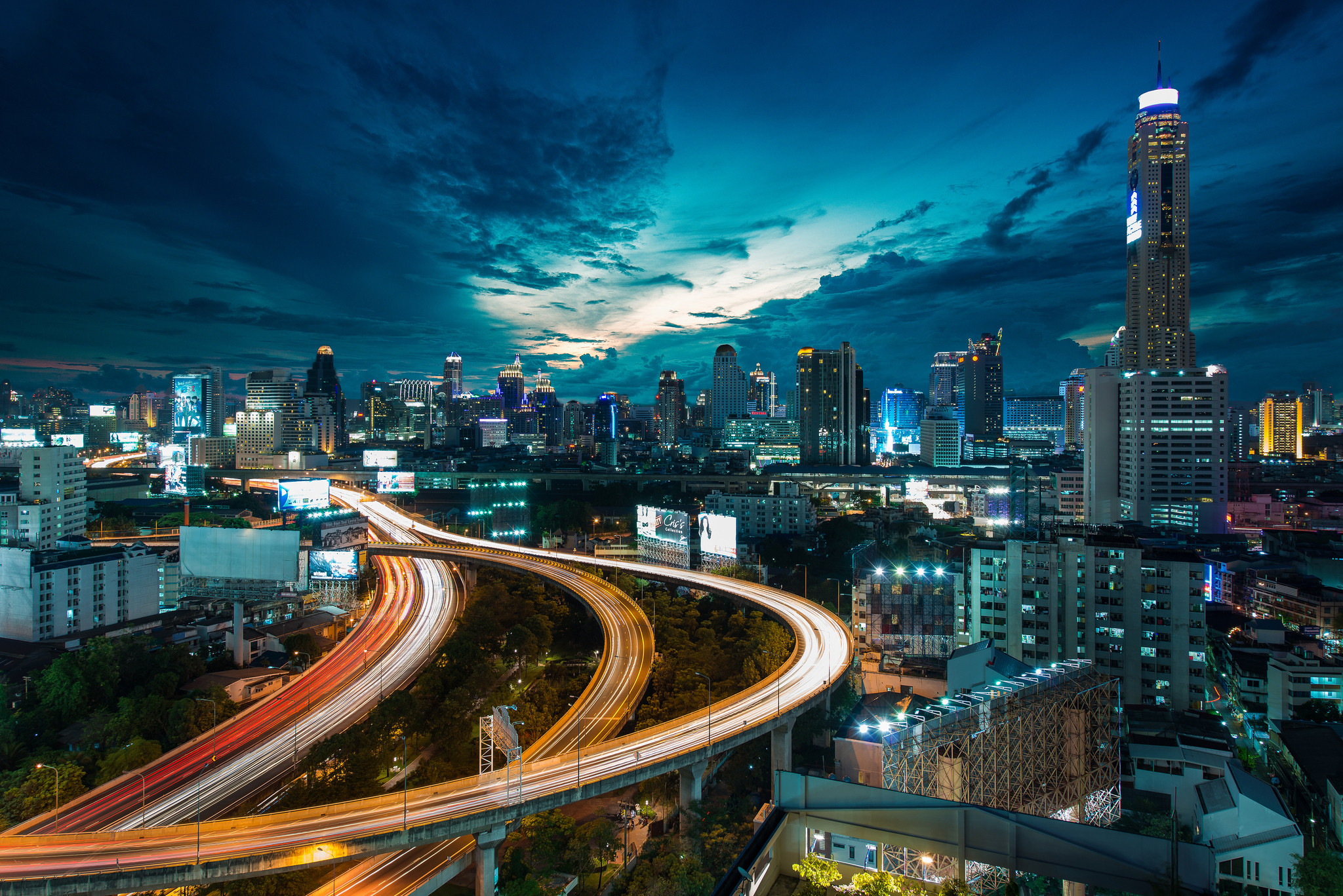 Wallpapers Megapolis Sky Roads night time Skyscrapers Cities Clouds  Building Megalopolis Night Houses