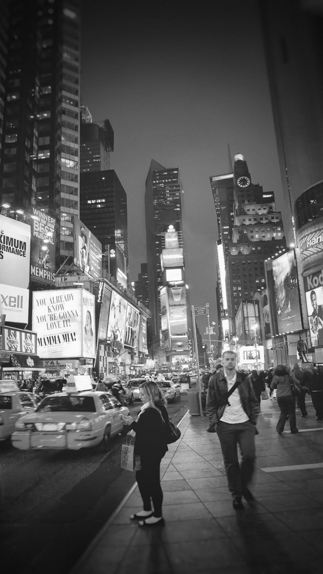 New York Street Night City Dark Vignette #iPhone #7 #wallpaper