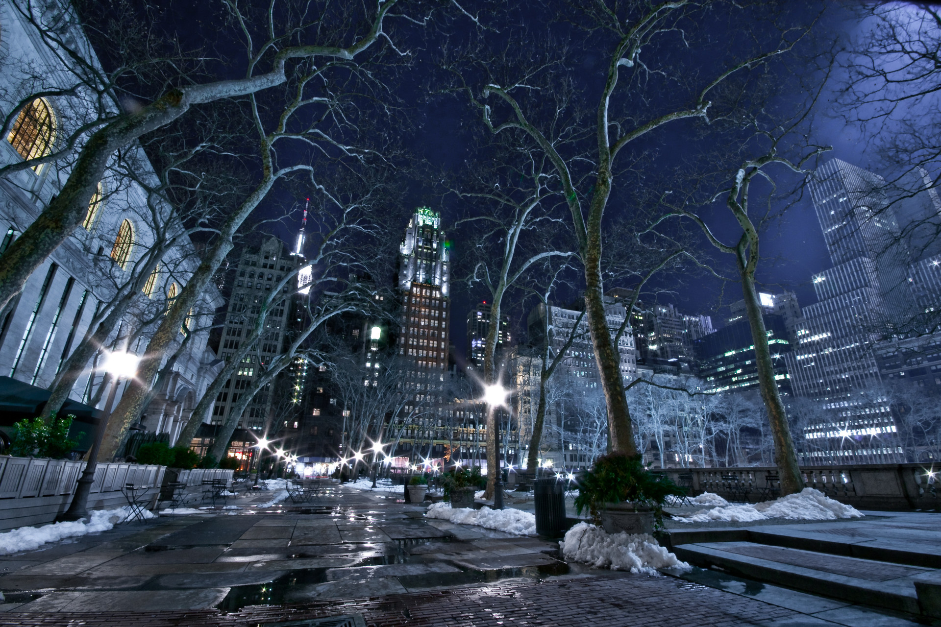 Bryant Park, New York by WilsonAxpe / Scott Wilson – Desktop Wallpaper