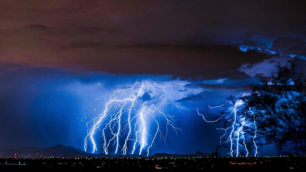 Scary Lightning Wallpaper