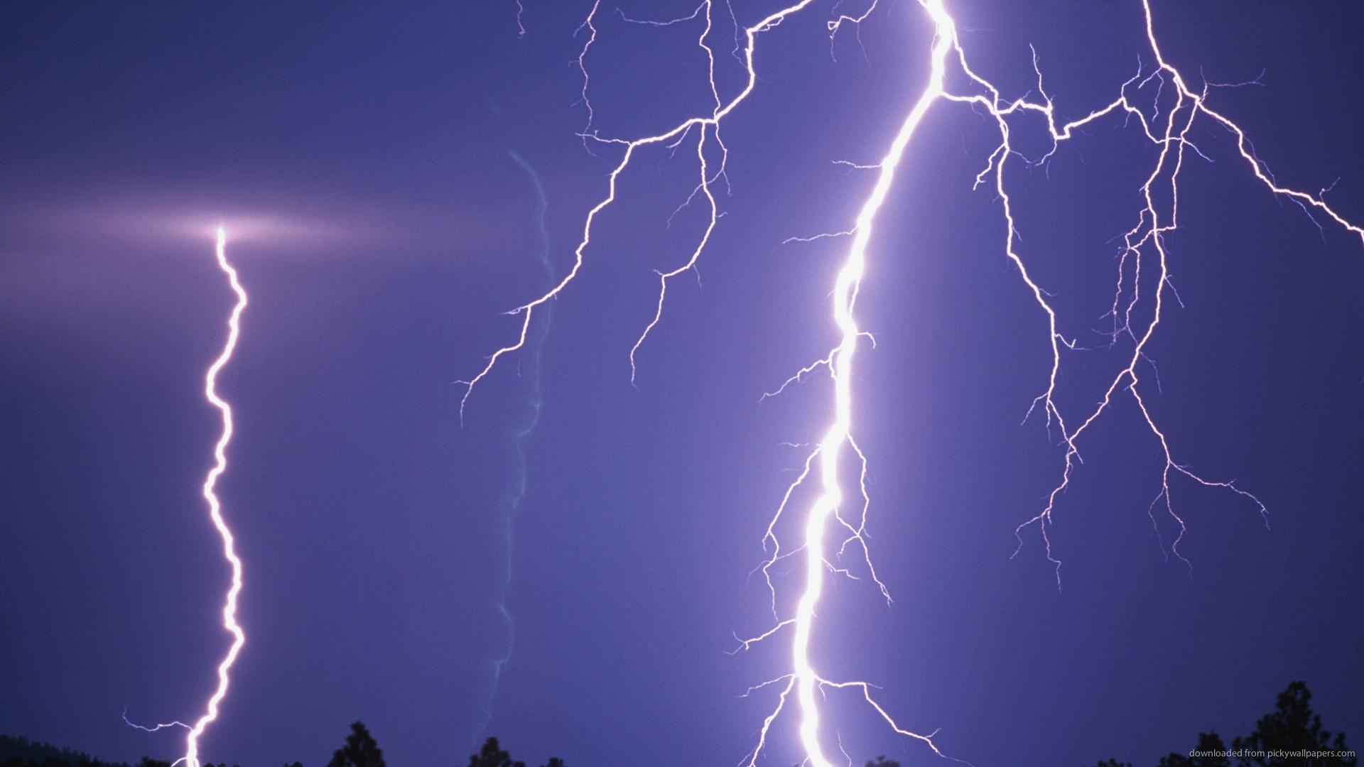 HD Massive Lightning wallpaper