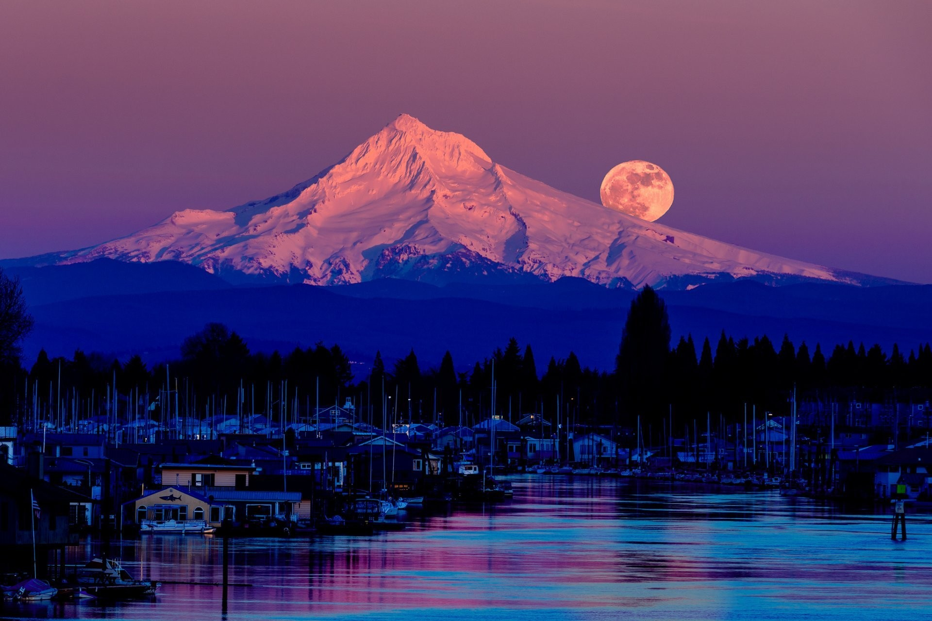 purple moon – Fantasy & Abstract Background Wallpapers on Desktop .