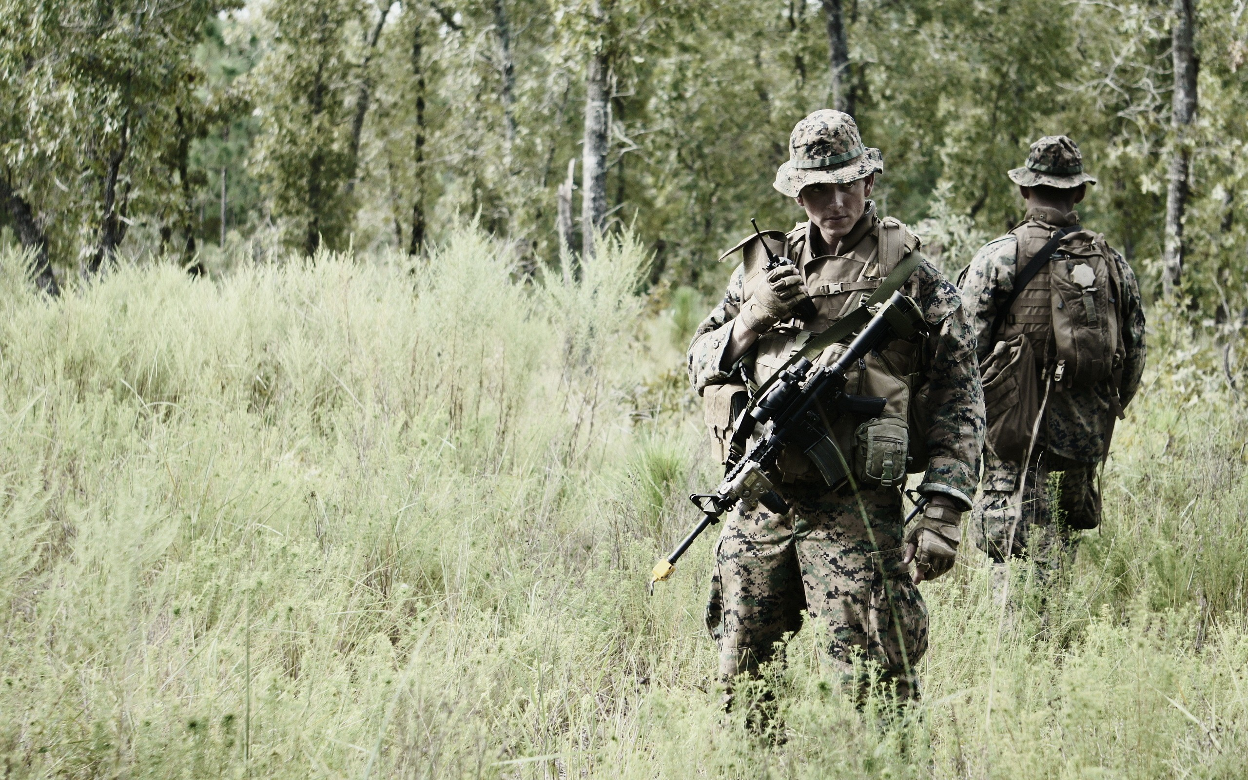 soldiers military ACOG marpat warriors weapons guns rifles camo men males  wallpaper