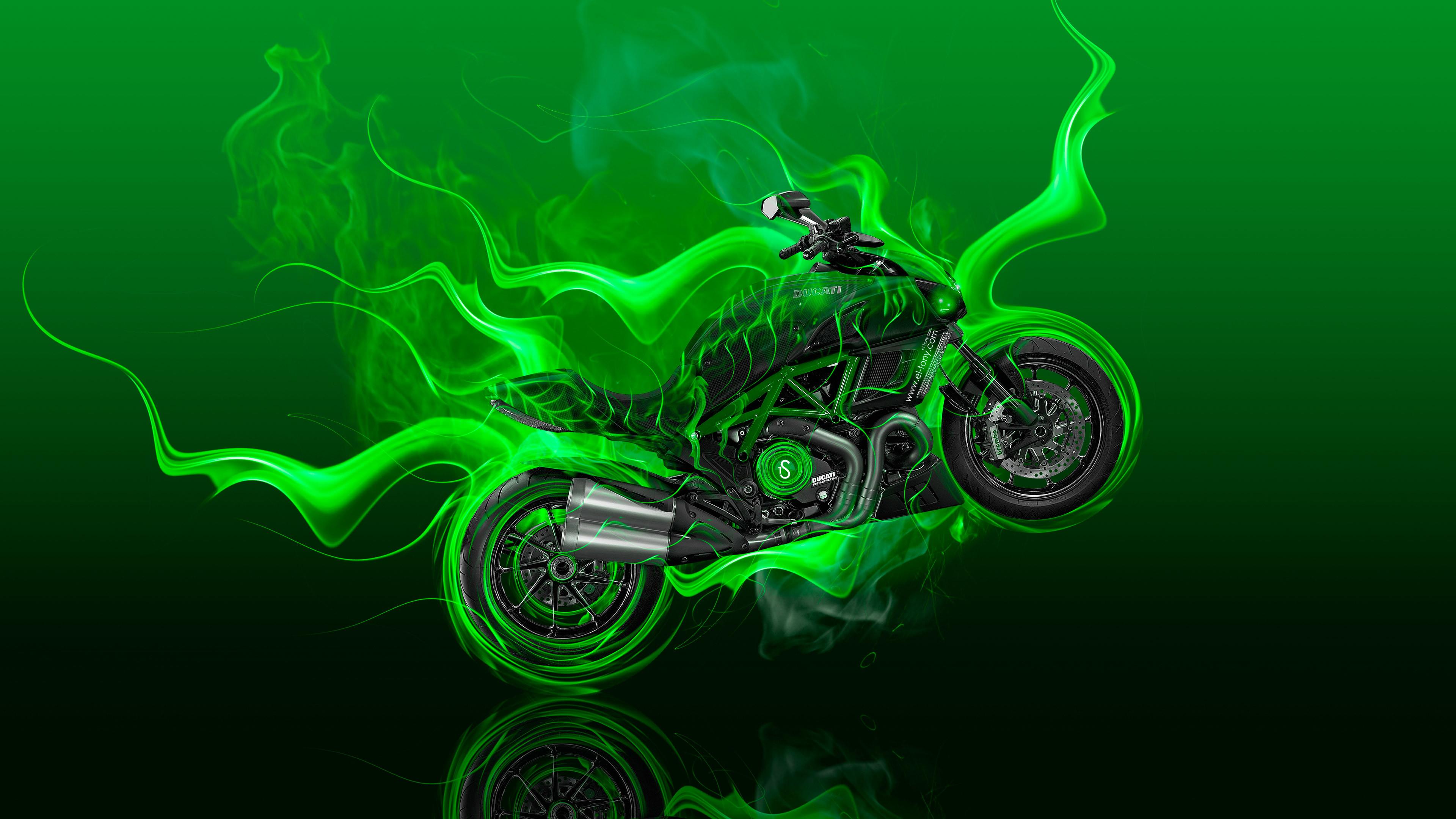 HD — Moto Ducati Diavel Side Fire Bike 2014