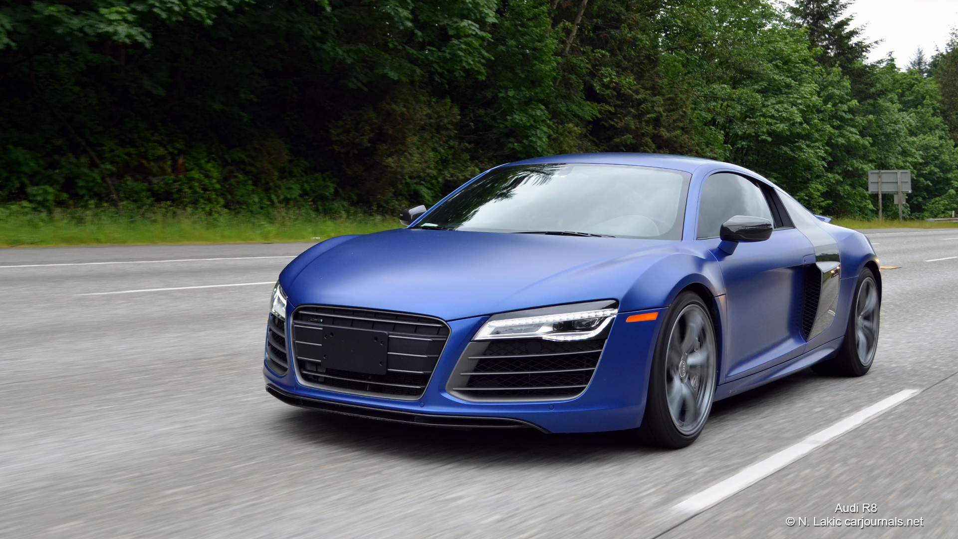 HD Car Wallpapers – Blue Audi R8 – Car Journals