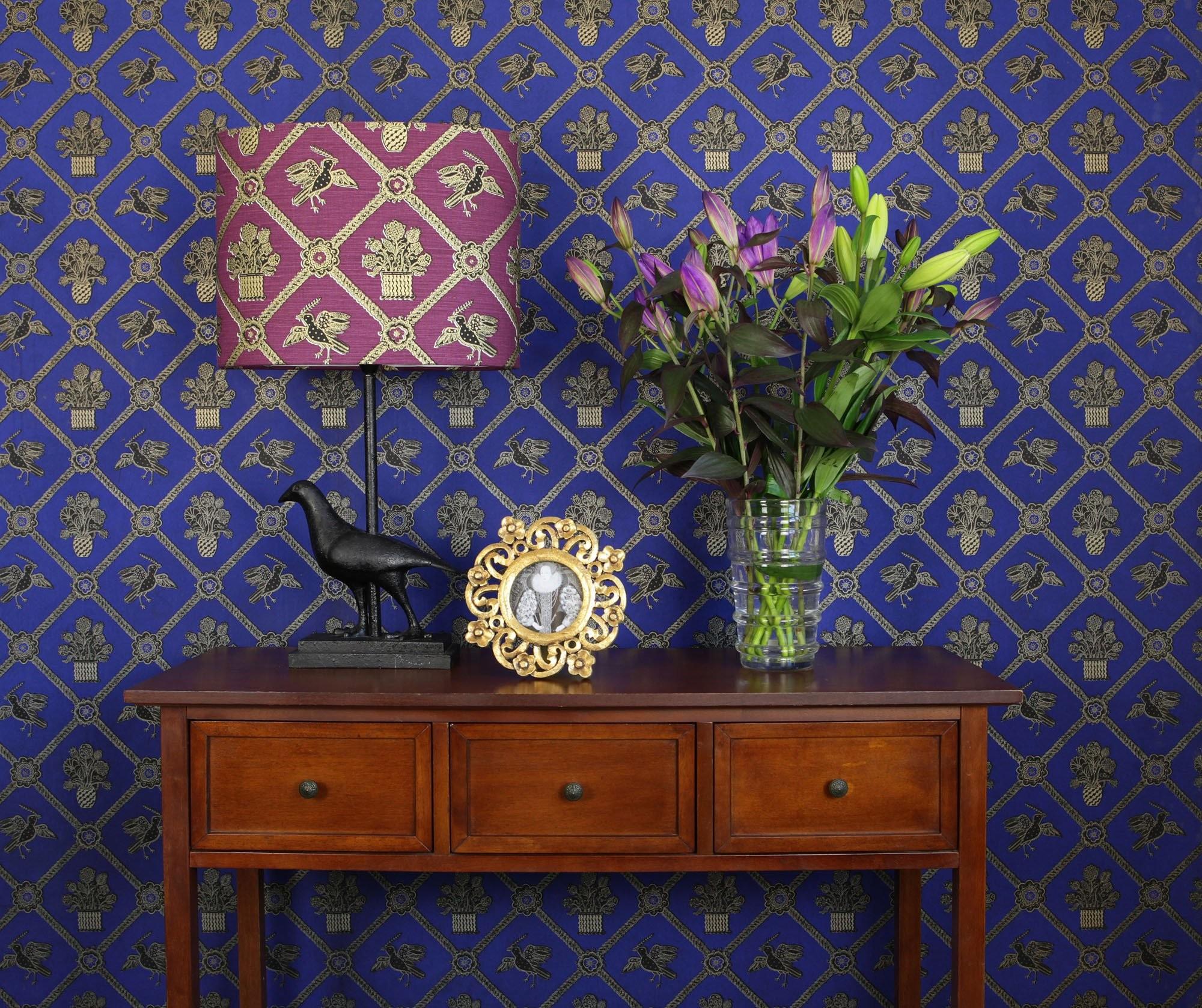 Rope Trellis Wallpaper – Royal Blue / Black / Gold Metallic