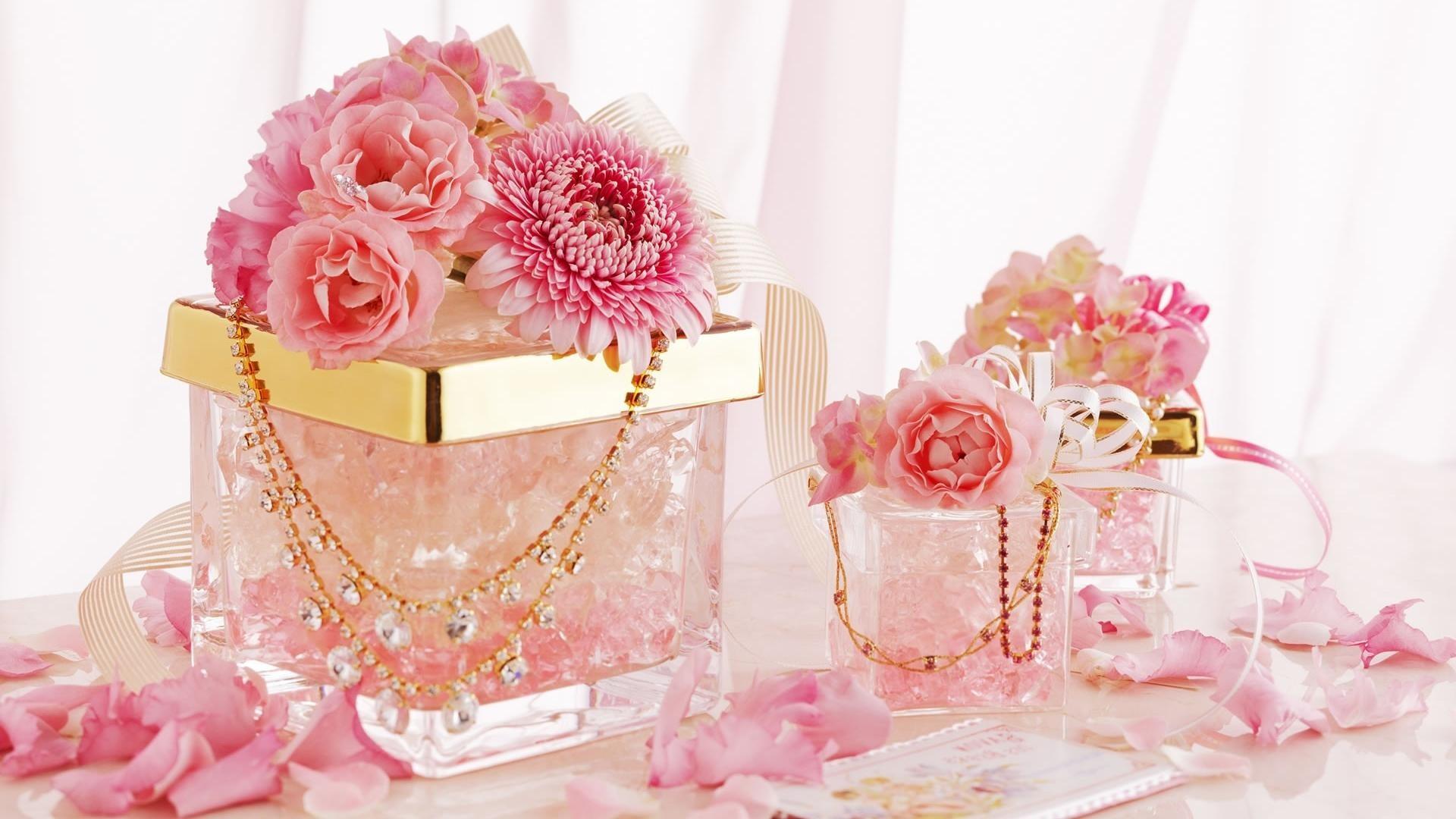 Fotografie – Stillleben Glas Pink Flower Petal Gold Diamond Schmuck  Chrysanthemen Rose Blume Wallpaper