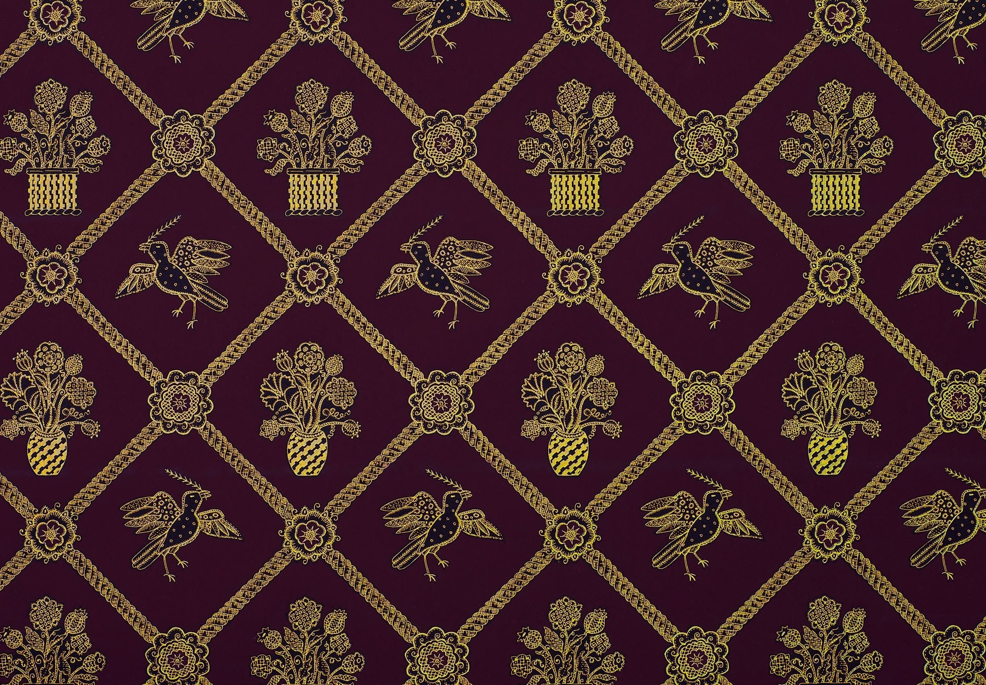 Rope Trellis Wallpaper – Purple / Black / Gold Metallic
