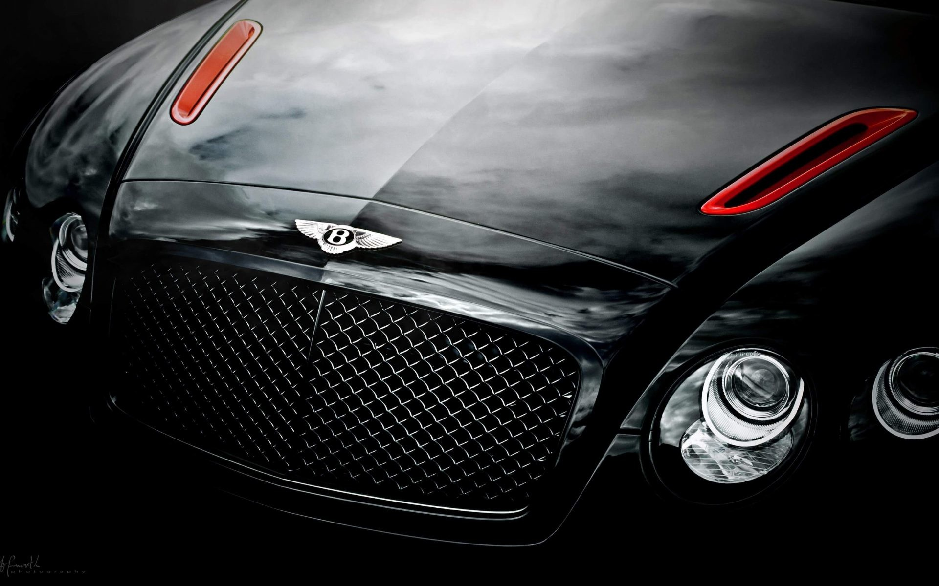 Black Bentley Continental GT Supersport 4K Wallpaper