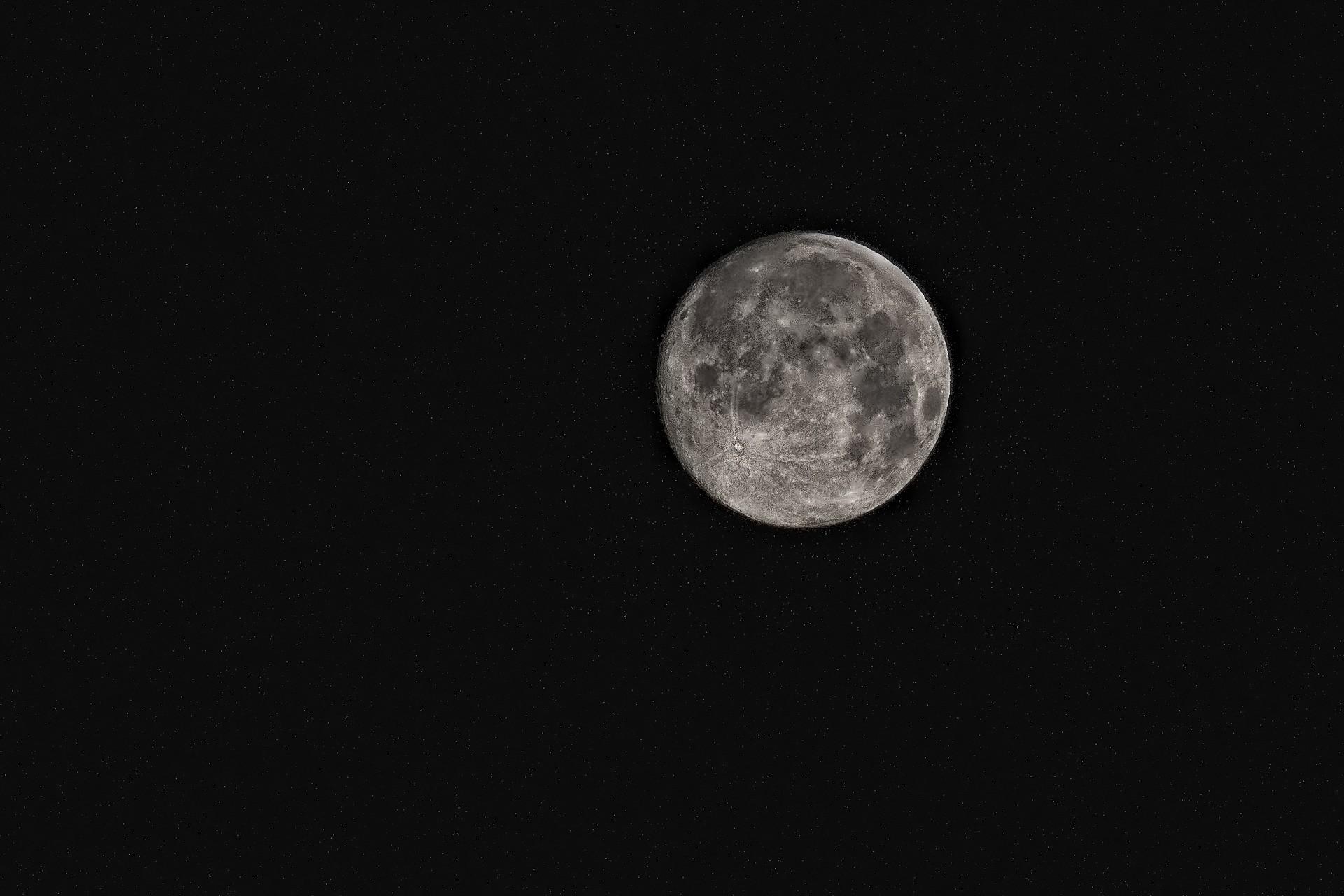 Free stock photo of black-and-white, sky, night, moon