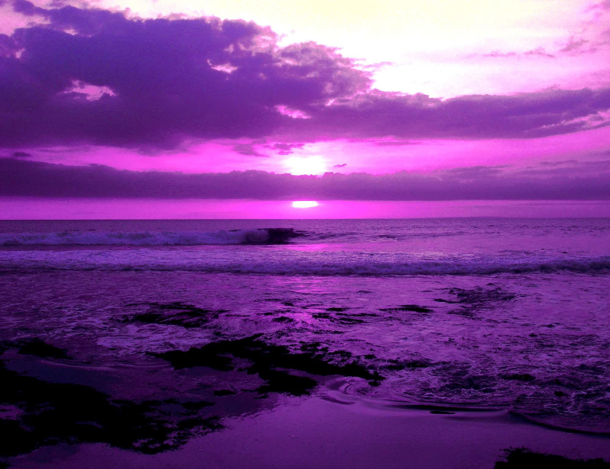 Image from https://images2.layoutsparks.com/1/239122/glass-heart-purple-love.jpg.  | 69 ѕнα∂єѕ σf ρυяρℓє | Pinterest | Purple