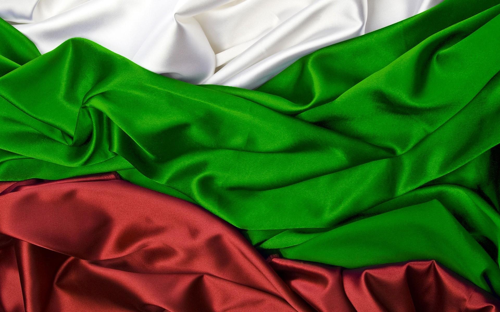 Wallpaper Flag, Green, White, Red, Silk