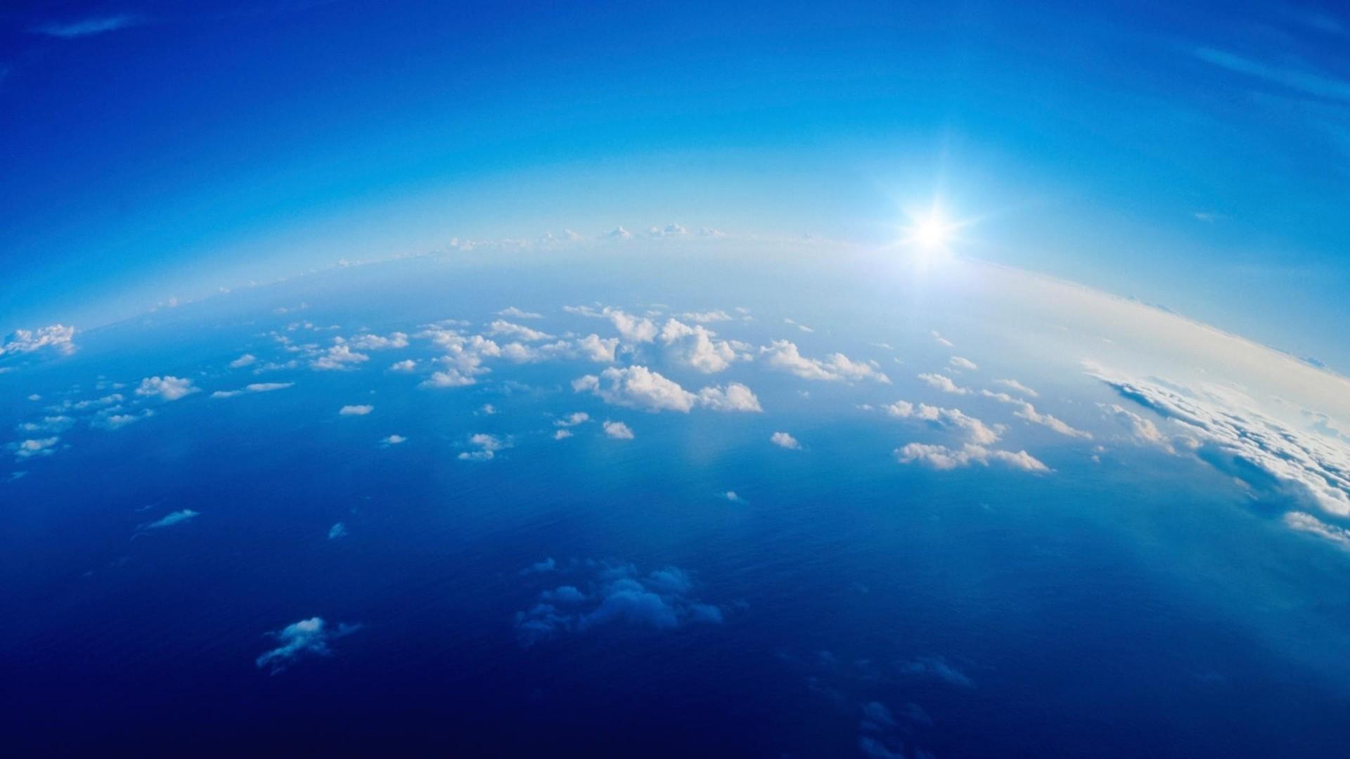 Wallpaper clouds, height, sky, sun, white, blue, light