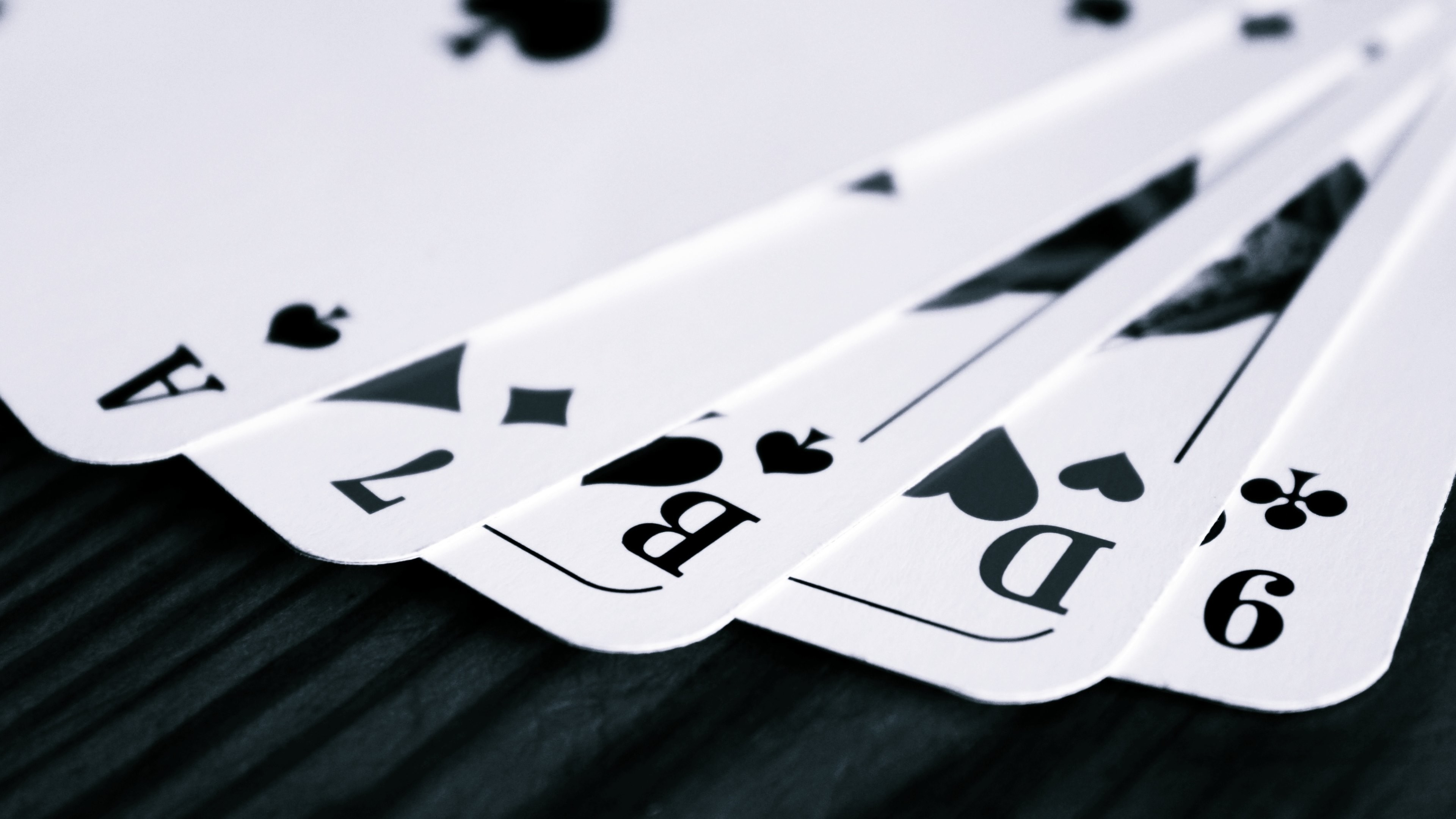 Wallpaper: Game Cards in Black and White. Ultra HD 4K 3840×2160