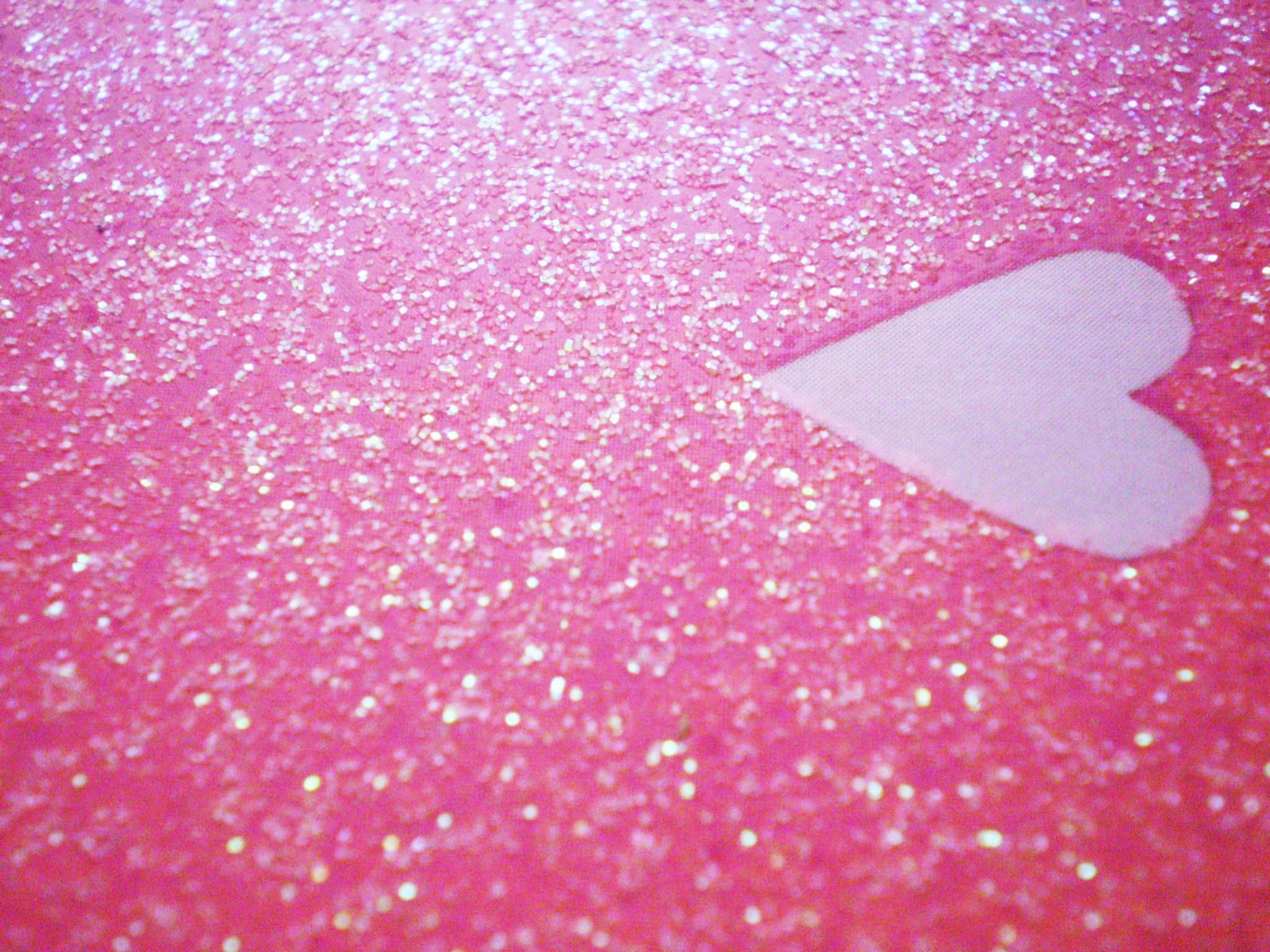 Glitter Pink Heart HD Wallpaper.