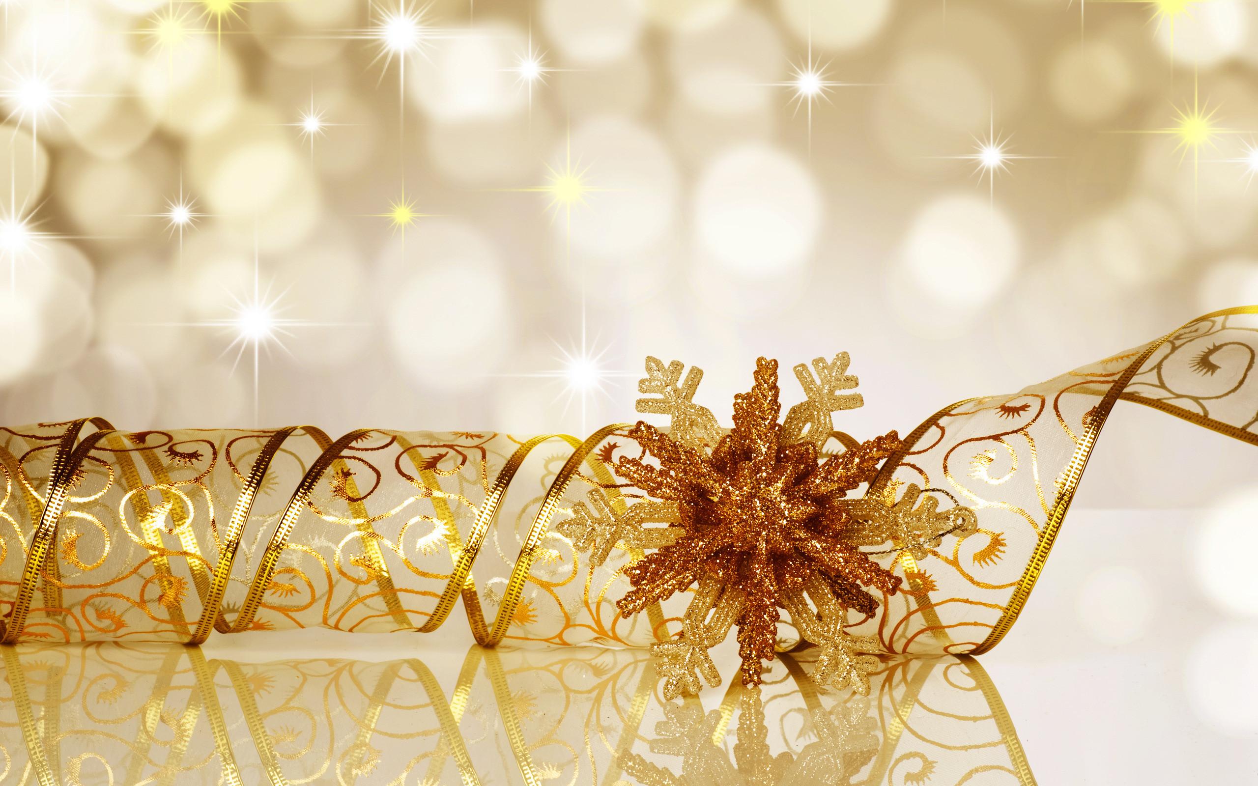 Gold Holiday Wallpaper …