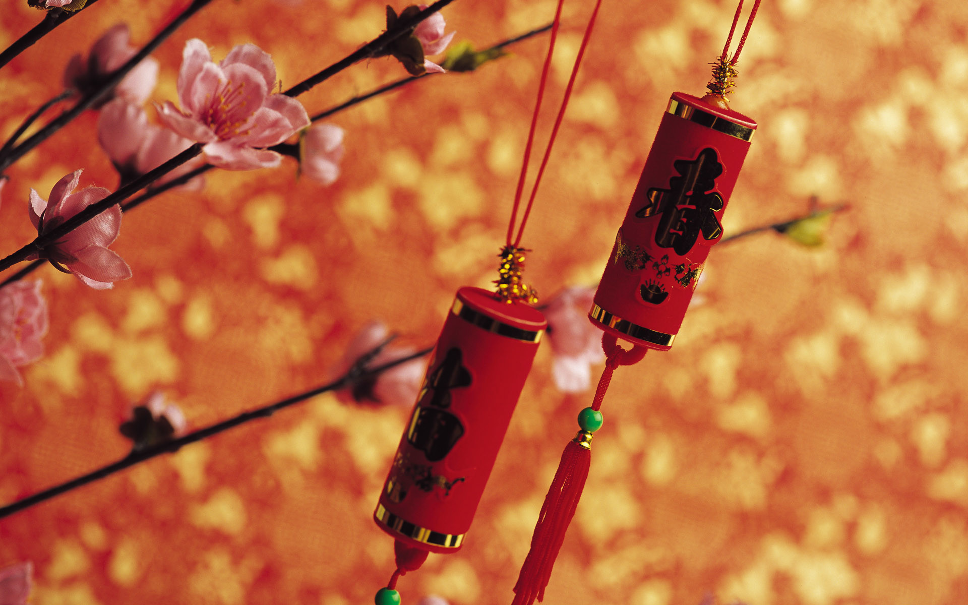 Hanging Chinese Decoration Chinese New Year wallpaper 1920×1200