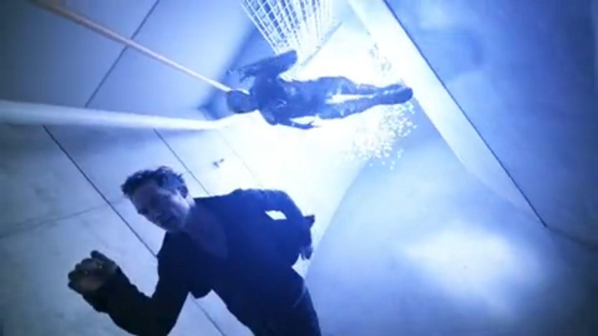 <b>The Flash</b>' Trailer Hits: 9 Cool Blink