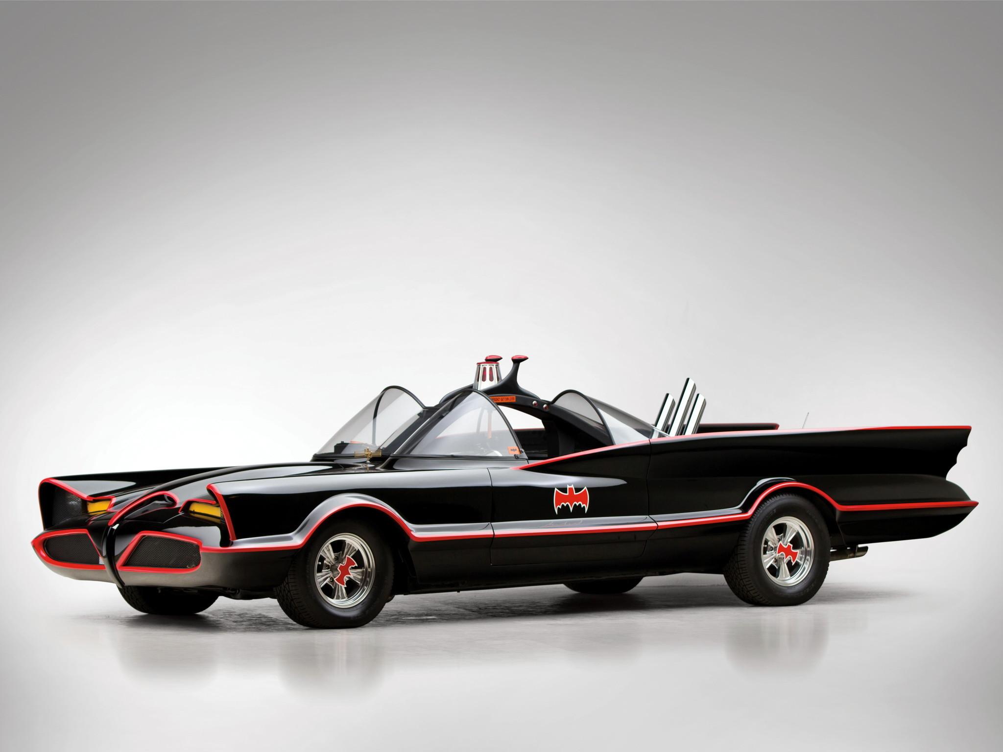 1966 Lincoln Futura Batmobile by Barris Kustom custum superhero batman .