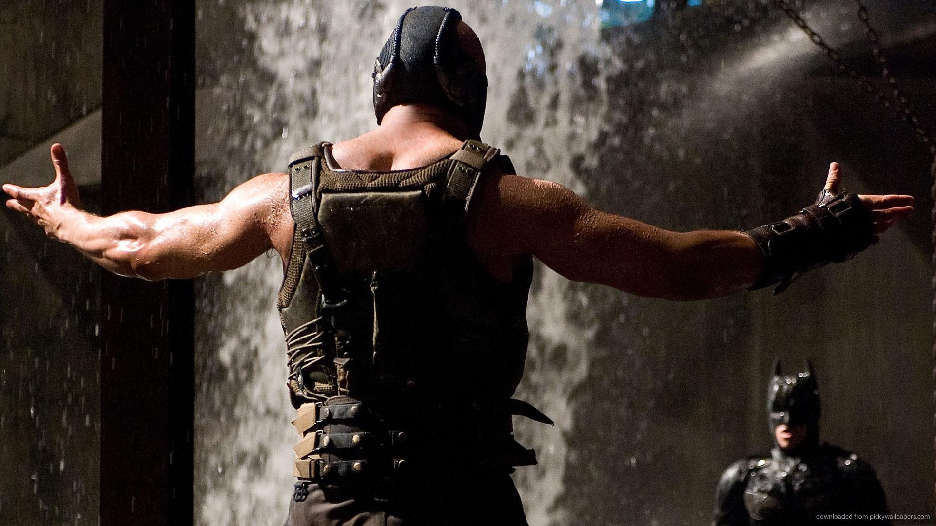 Bane Fights Batman picture