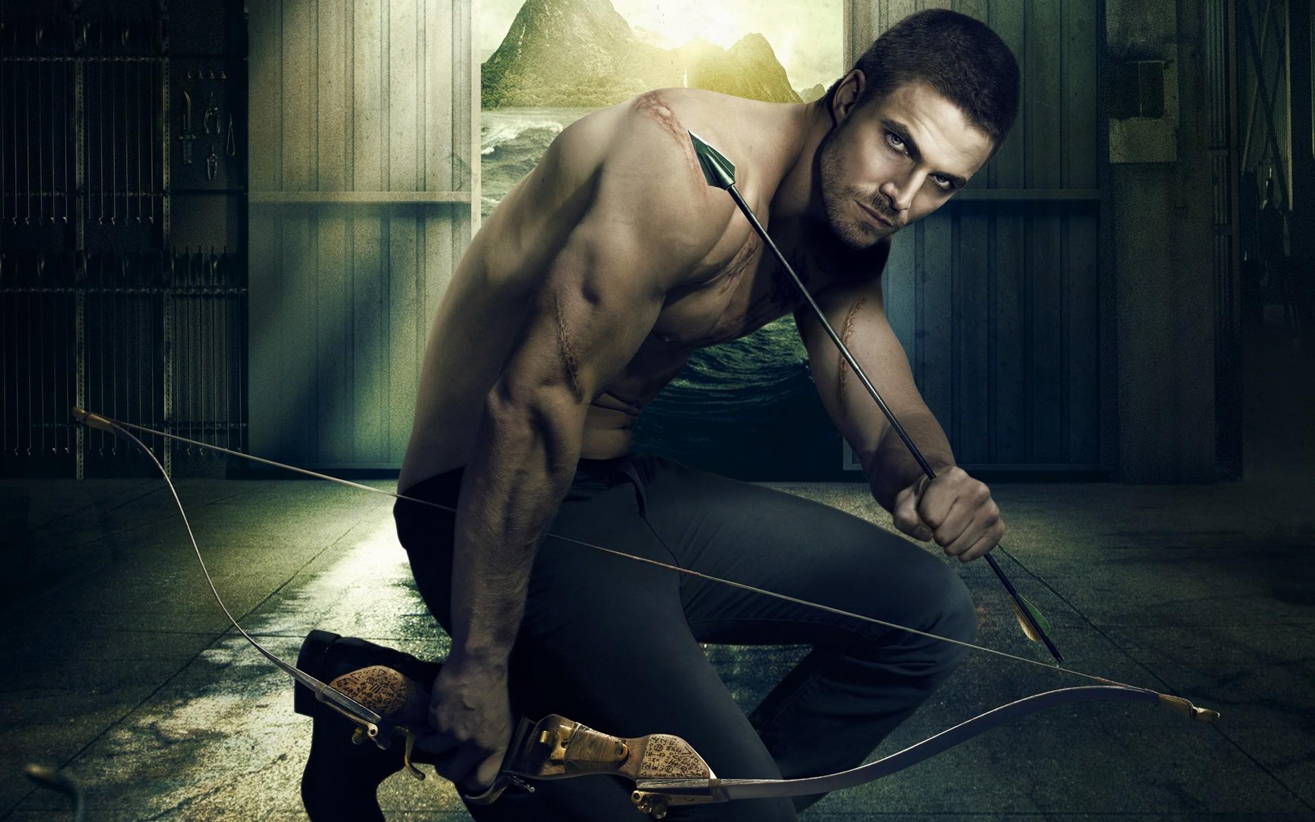 Arrow TV Show | Green Arrow TV Show, very handsome Oliver Queen character  in arrow