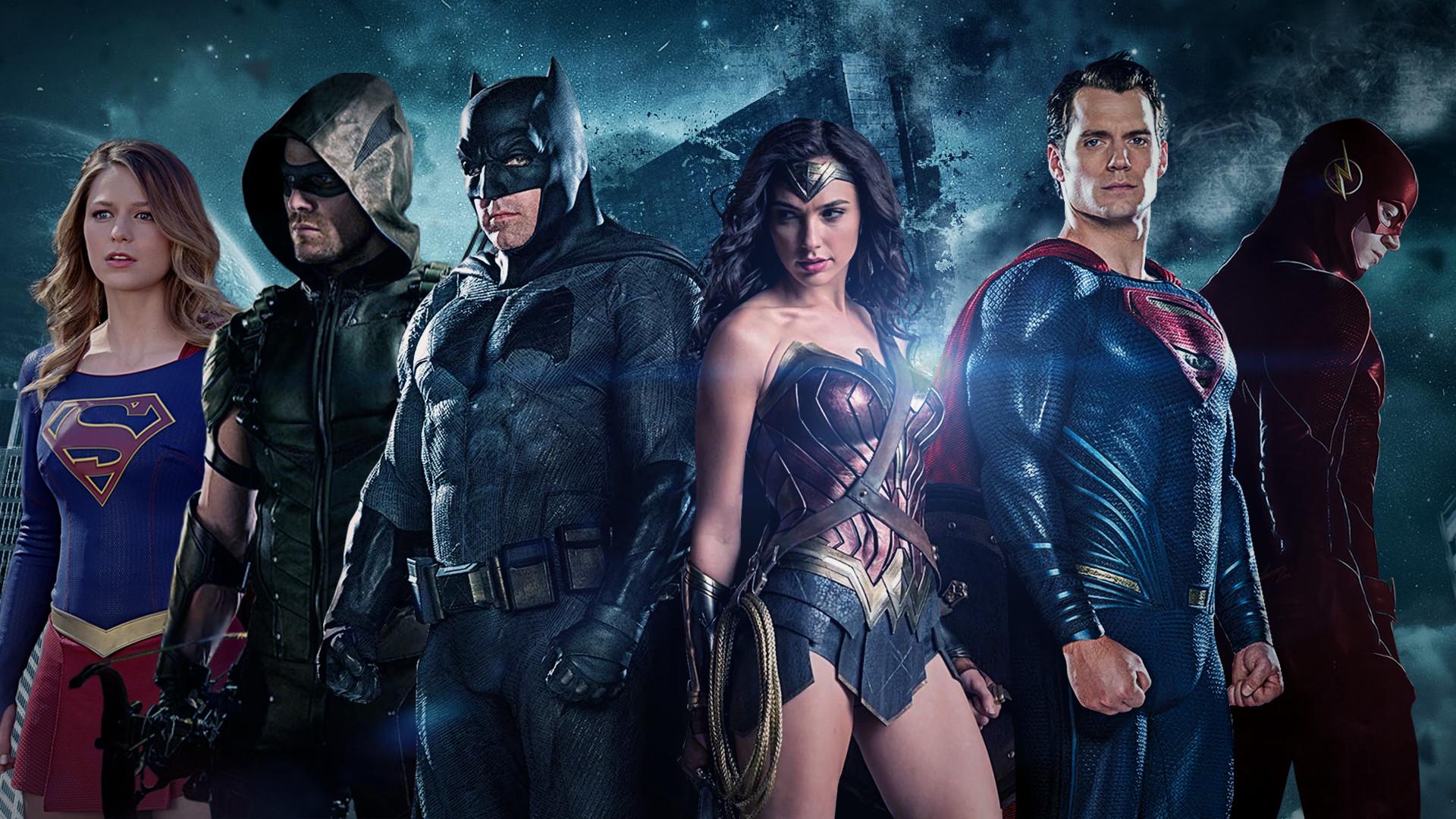 Movie – Justice League (2017) Green Arrow Wonder Woman Supergirl Melissa  Benoist Flash Superman