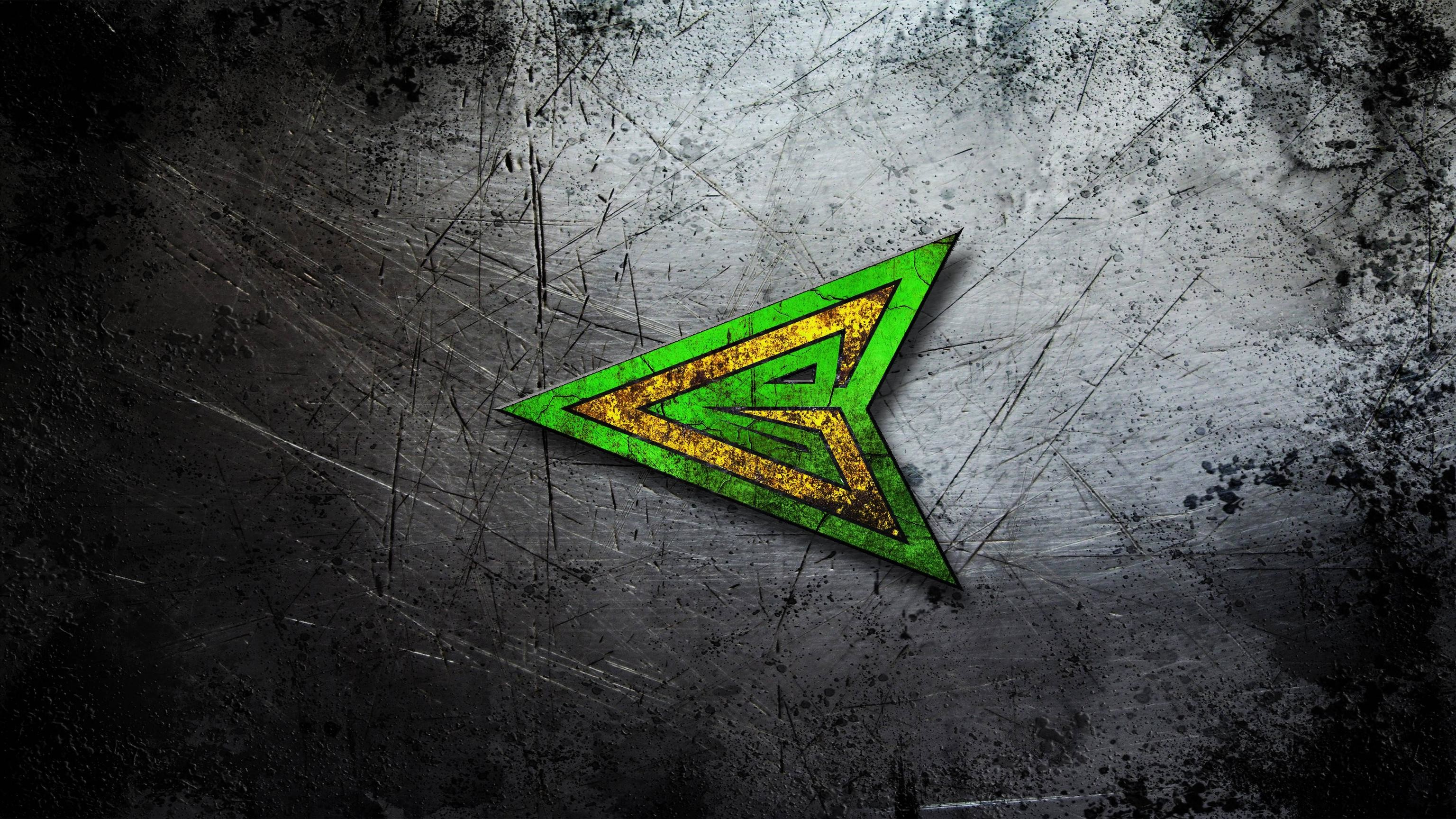 Green Arrow Logo Wallpaper