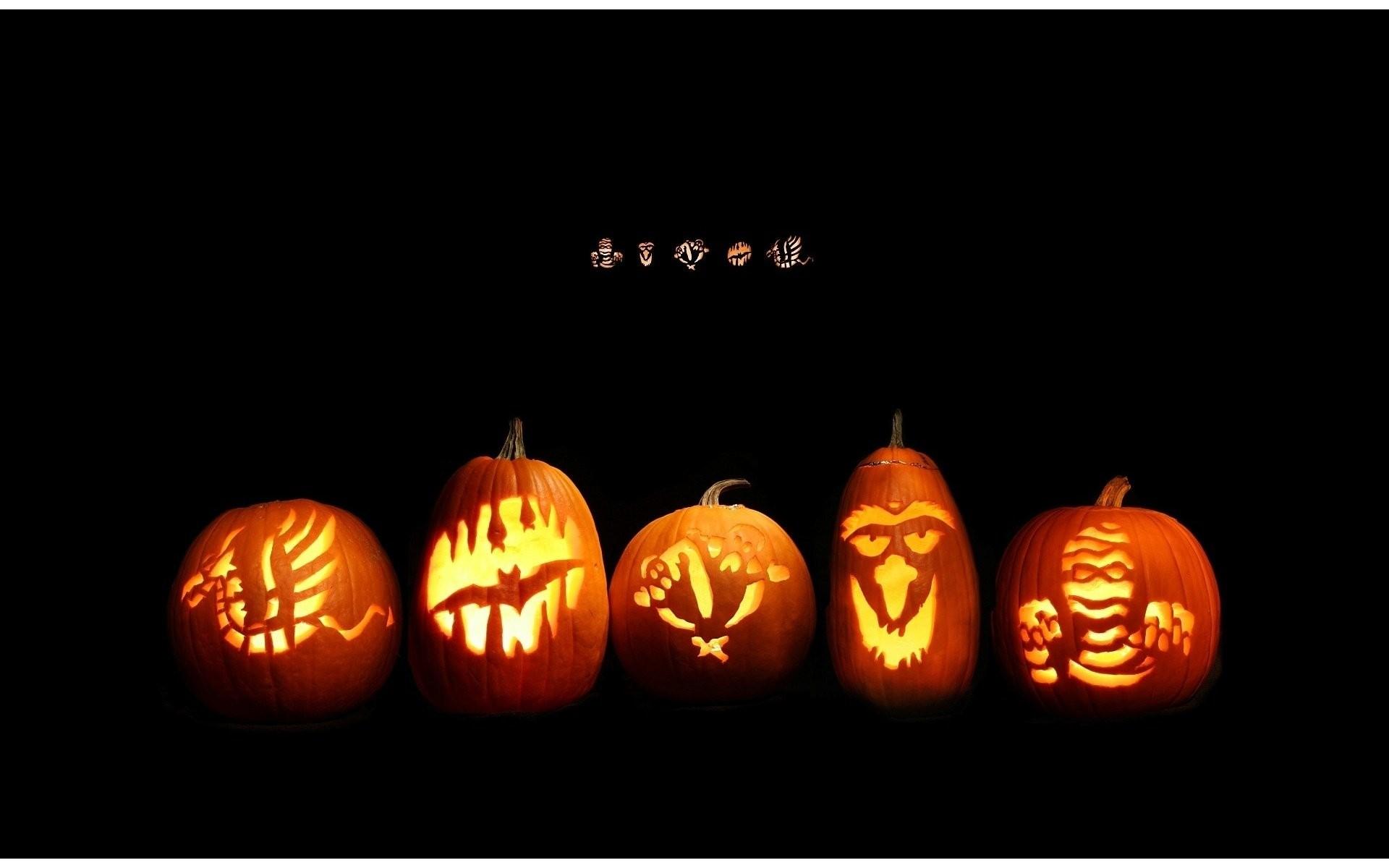 Halloween Facebook Cover – WallDevil
