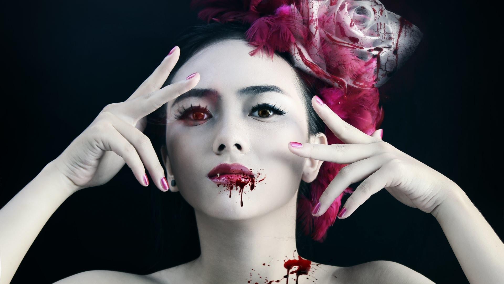 4K HD Wallpaper: Vampire Girl