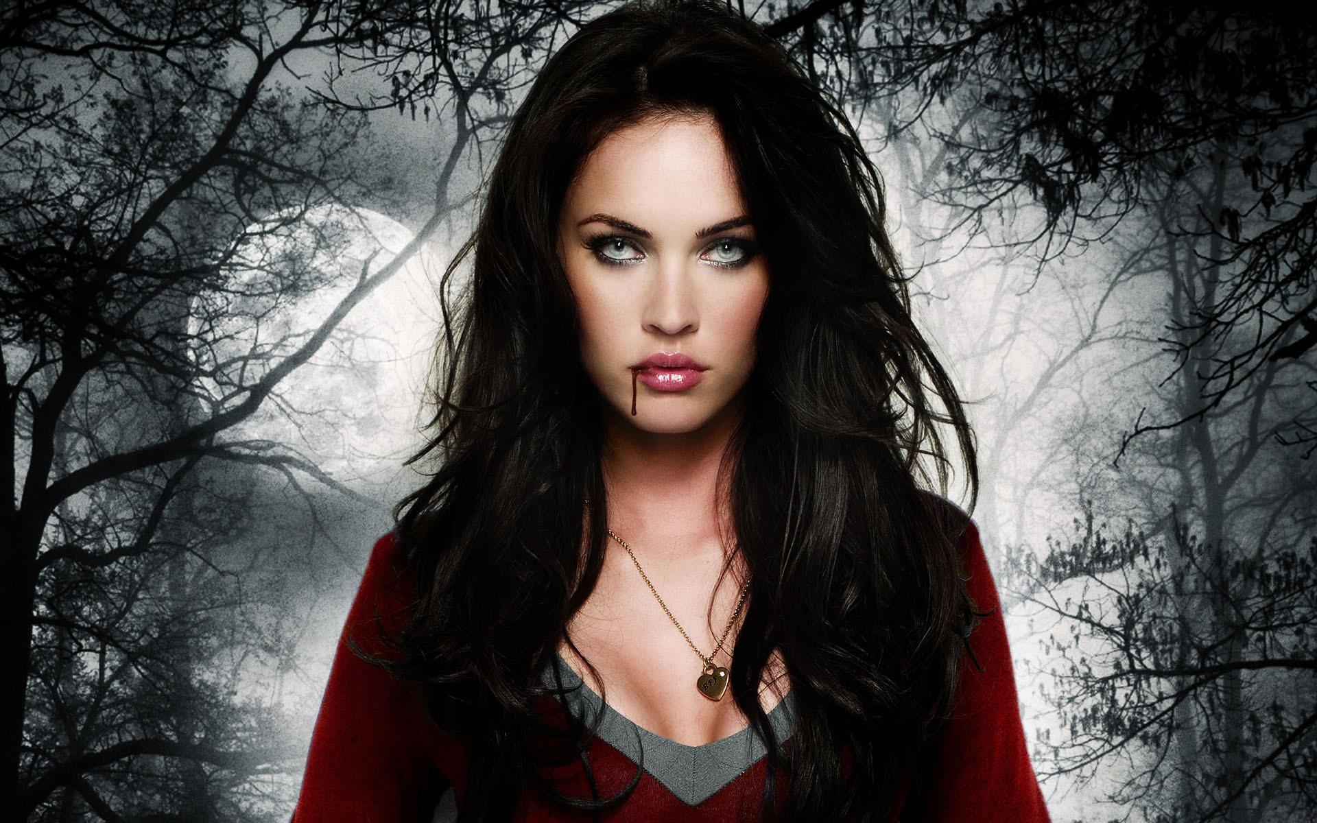 Seductive, Powerful and Alluring Sanguine, Female Vampire Spirit Sexual  Magick – Moondancer Originals Magick