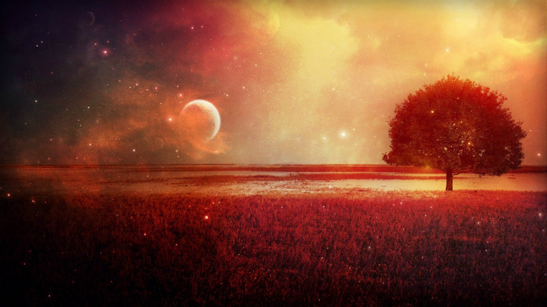 Red Moon Wallpaper 2075×1167