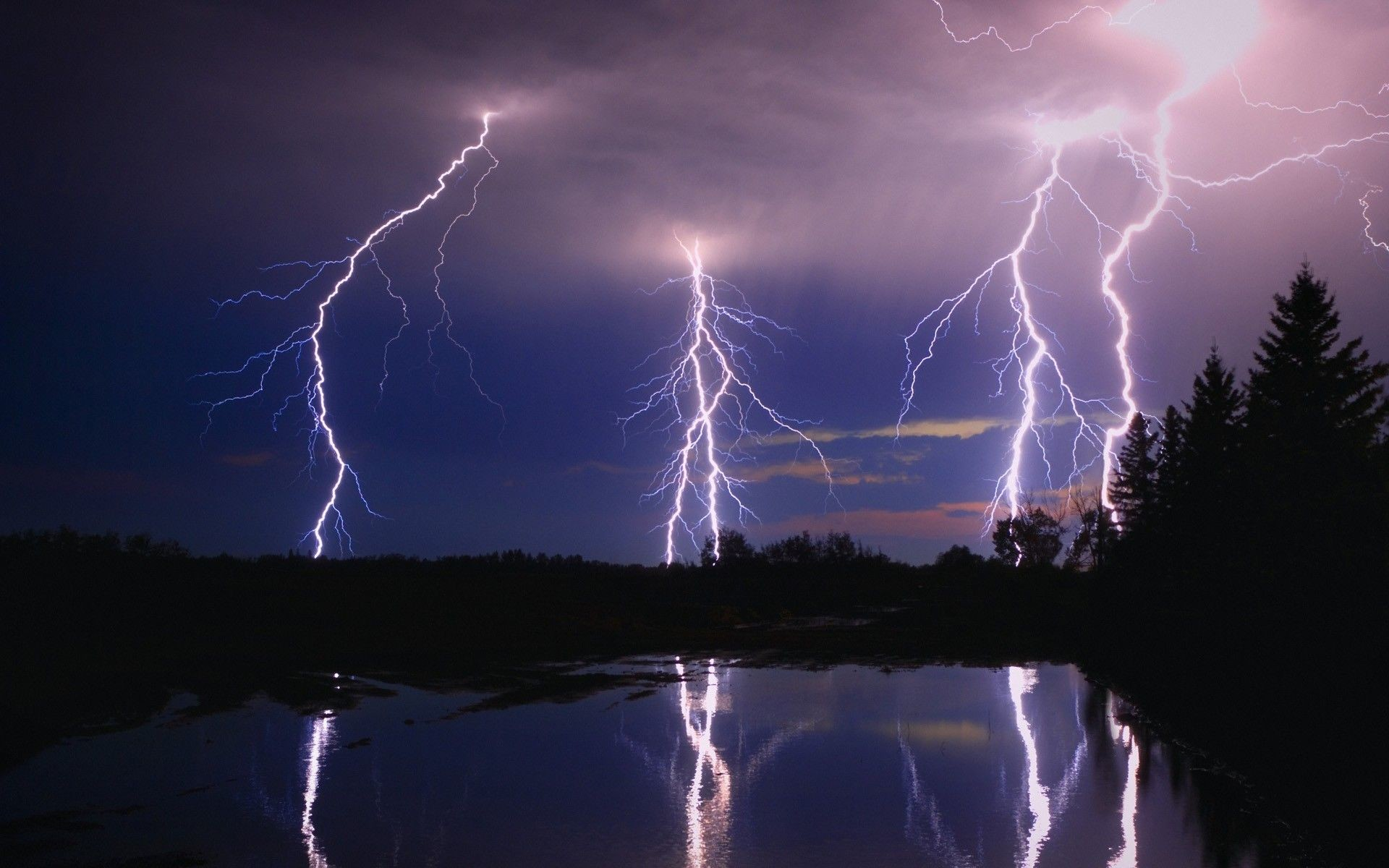 Free Download Lightning For Mac HD Smartphone Wallpapers, HQ .