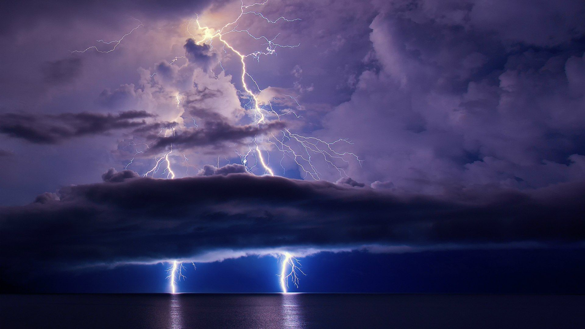 Lightning during a thunderstorm wallpapers and images – wallpapers .
